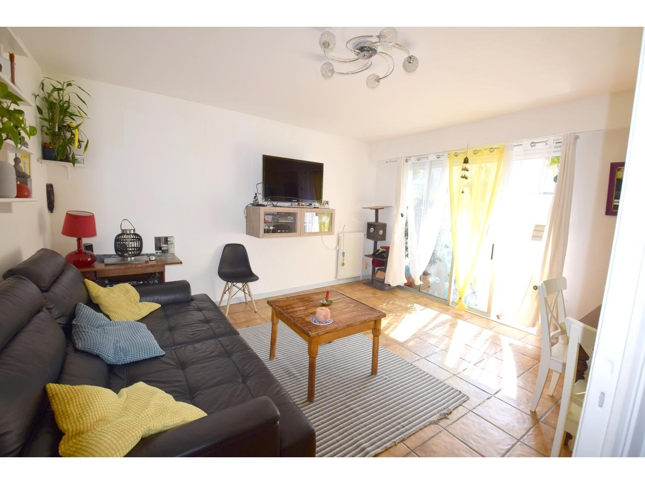 Appartement  3 Rooms 57.43m2  for sale   172000 €