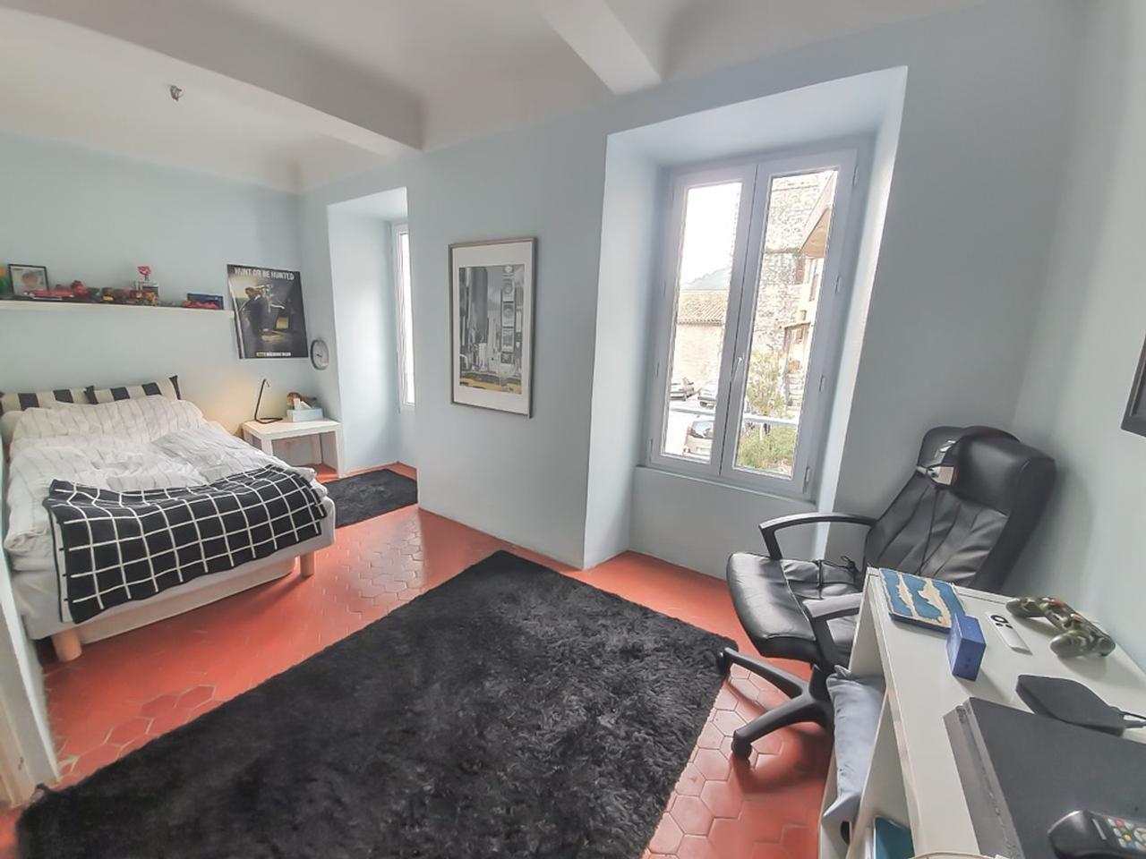 Maison  4 Rooms 85m2  for sale   320000 €