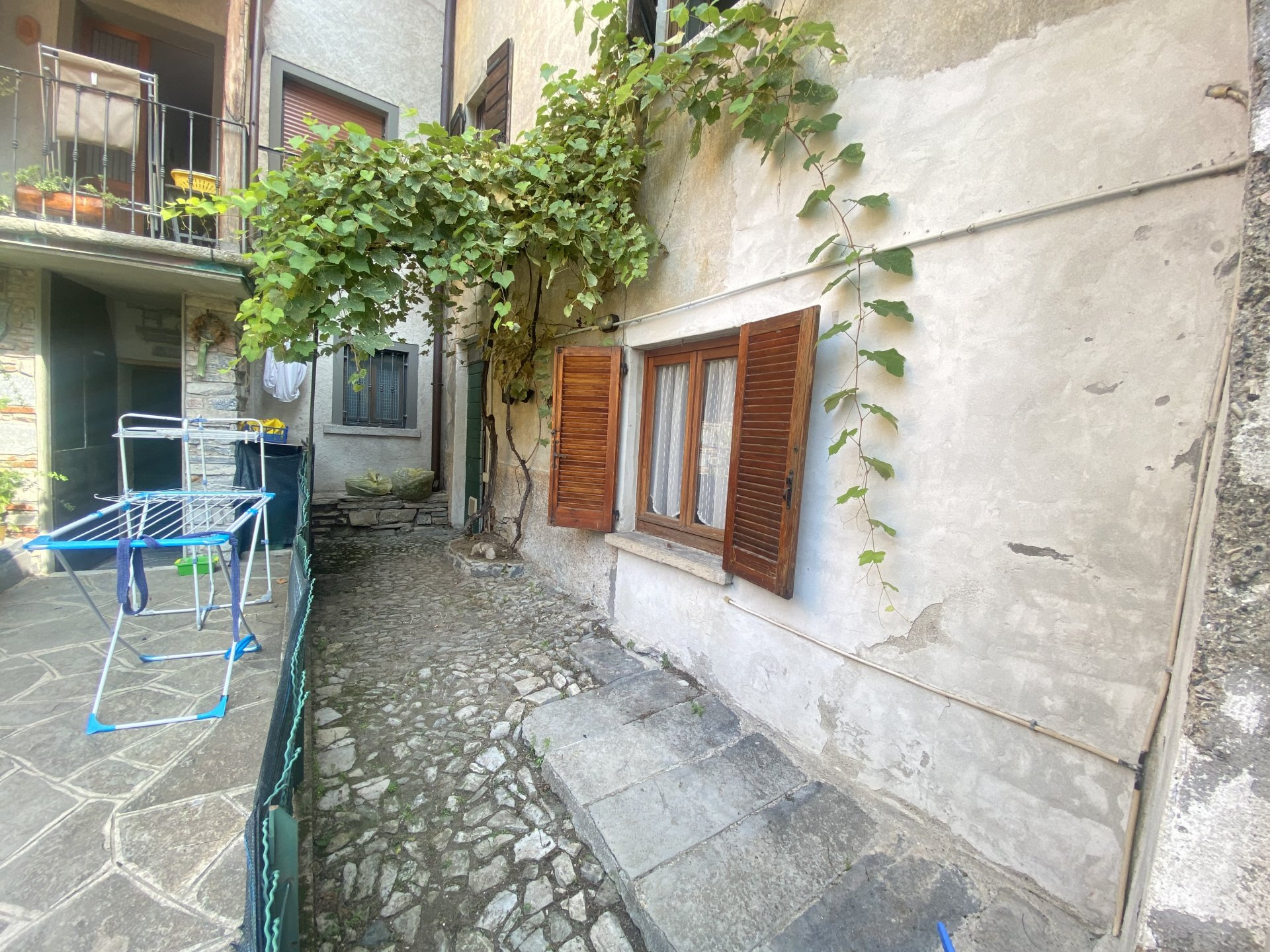 Sale House - Torno - Italy
