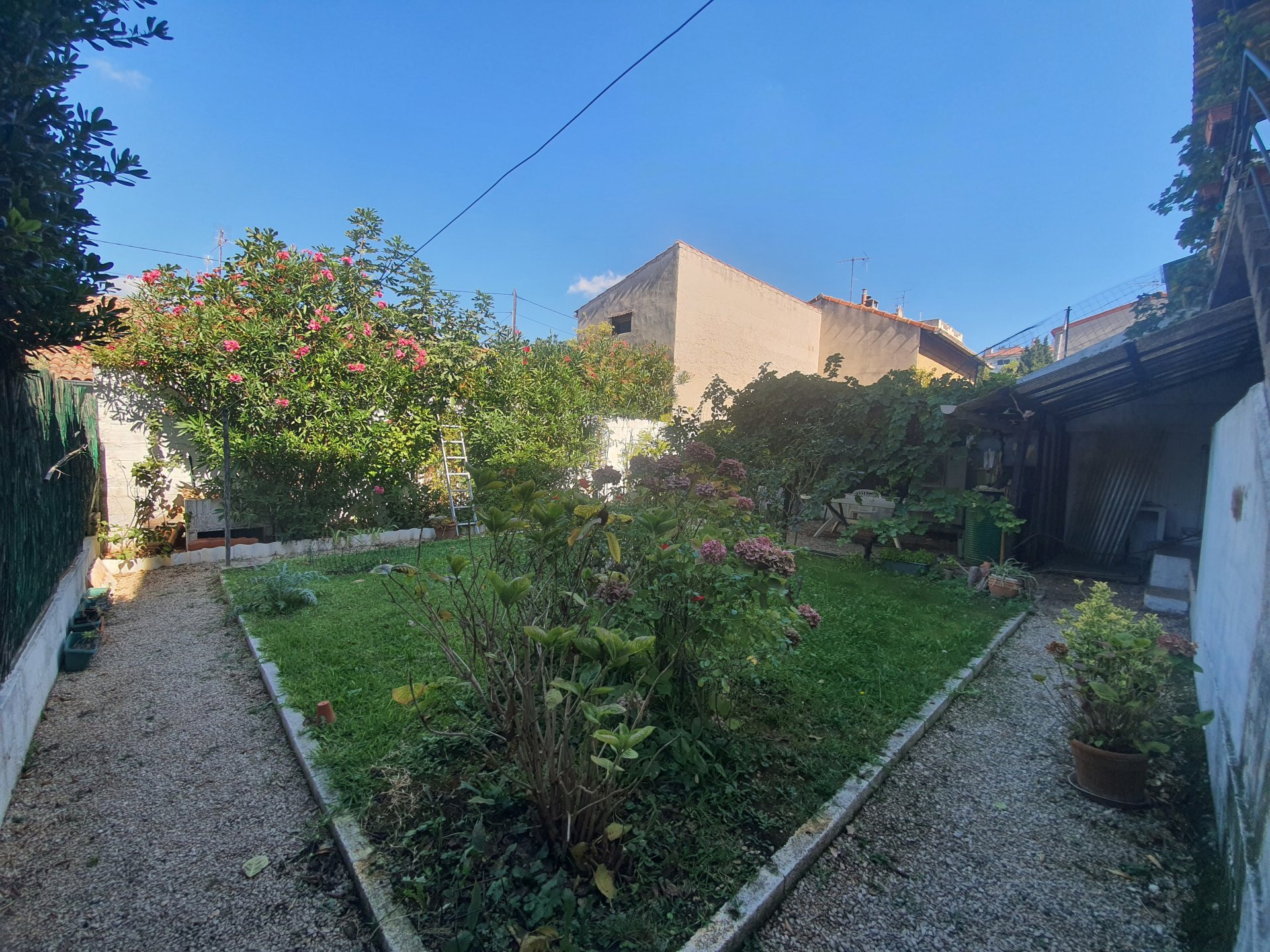 Maison T4 de charme avec jardin et Garage