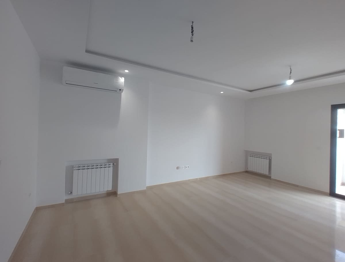 Location Appartement S+3 Neuf  à Ain Zaghouan Nord
