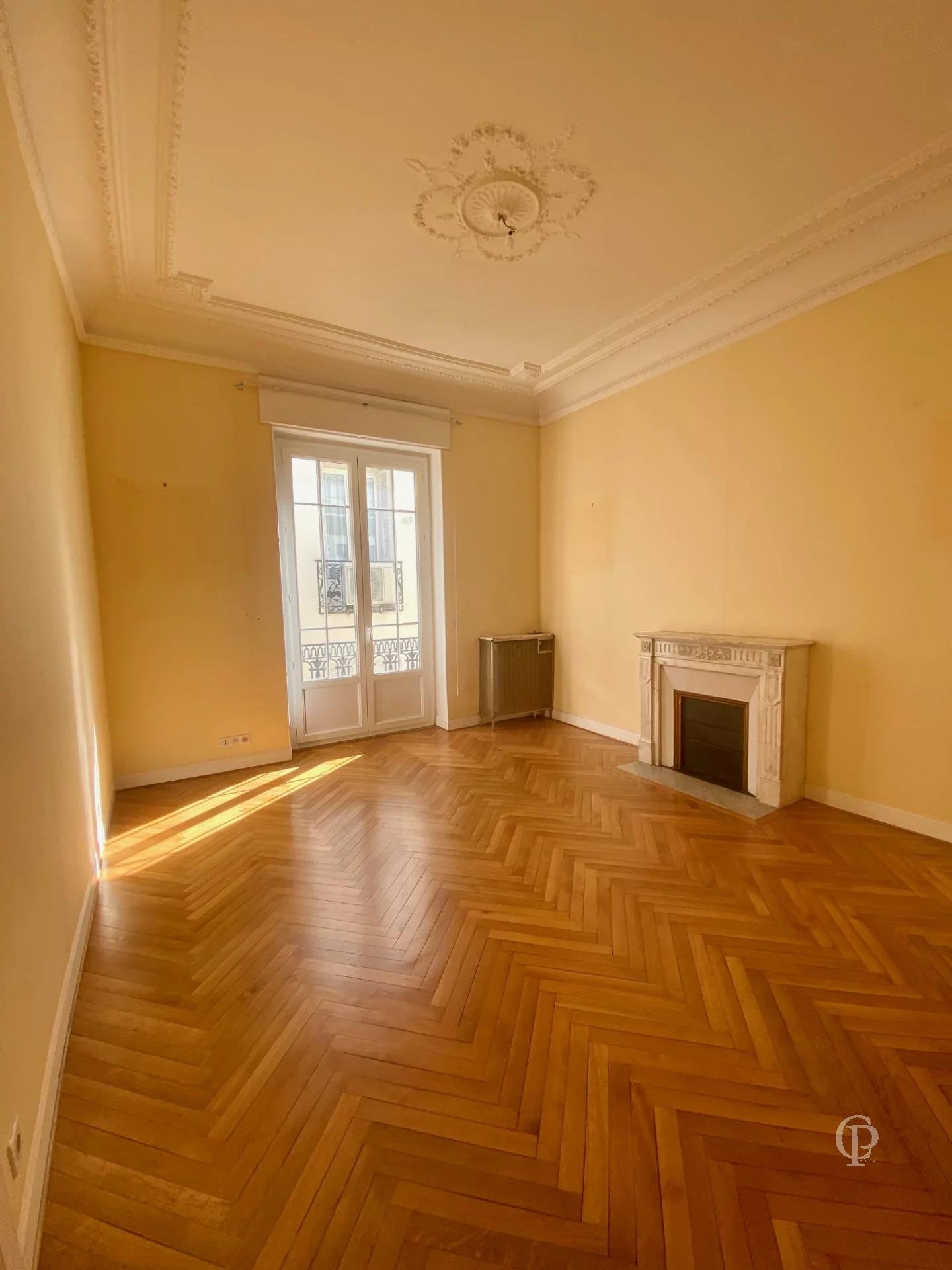 NICE PASSY/PASSY DEPOILLY 2/3 BEDROOMS