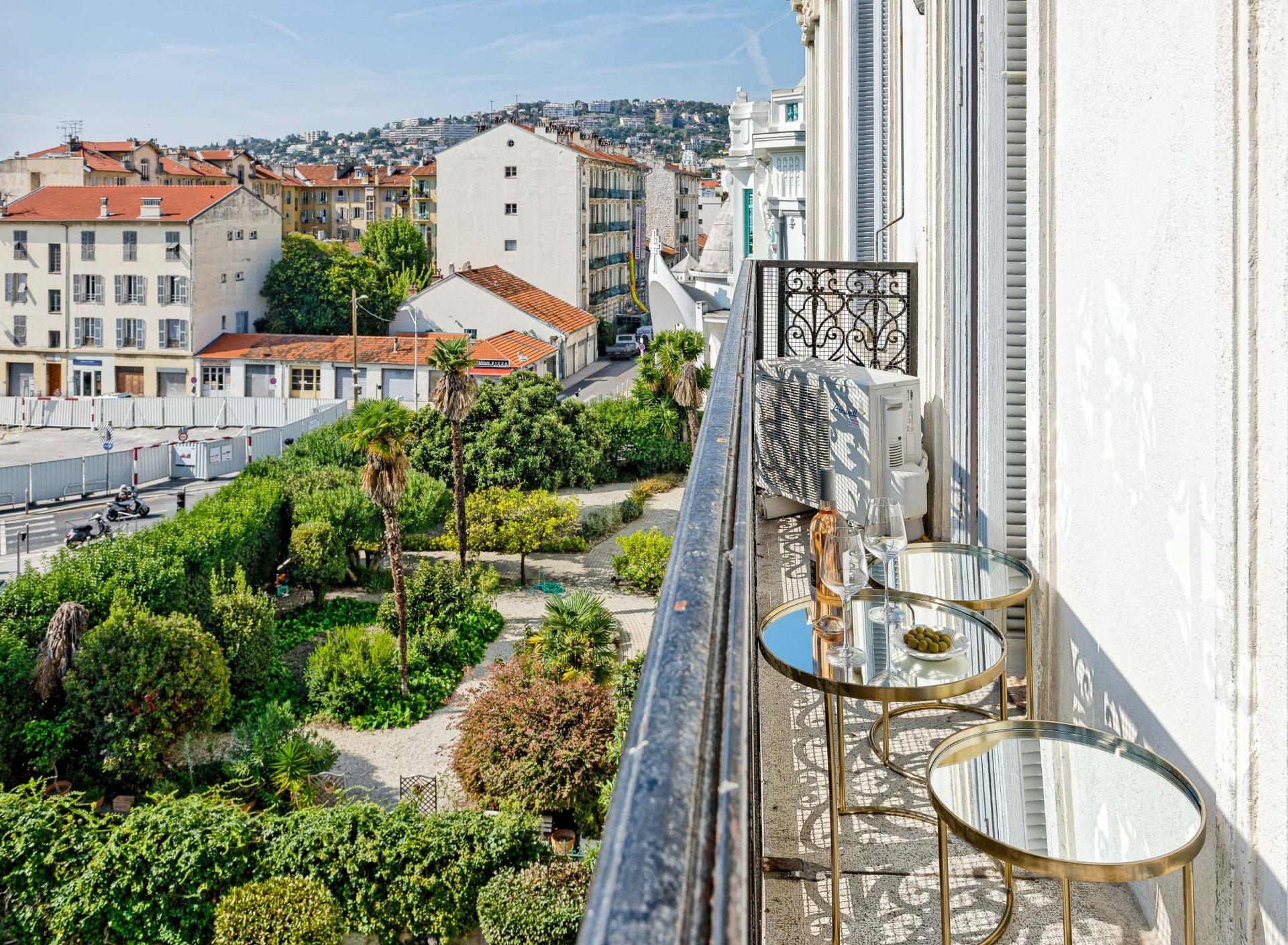 Nice Libération 6p balcon