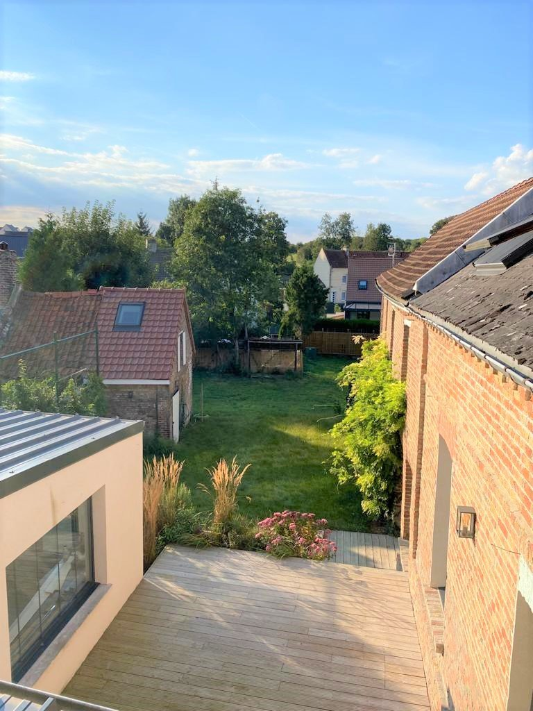 MAISON CONTEMPORAINE – 306m2 – 8 pièces – Amiens métropole