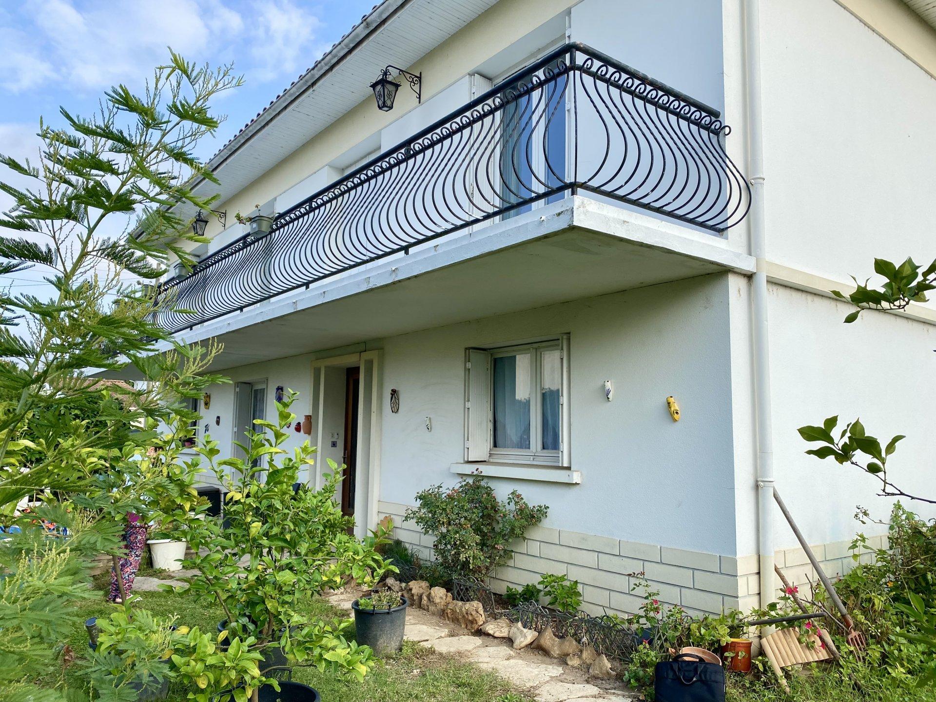 Maison 9 pièces à Bergerac