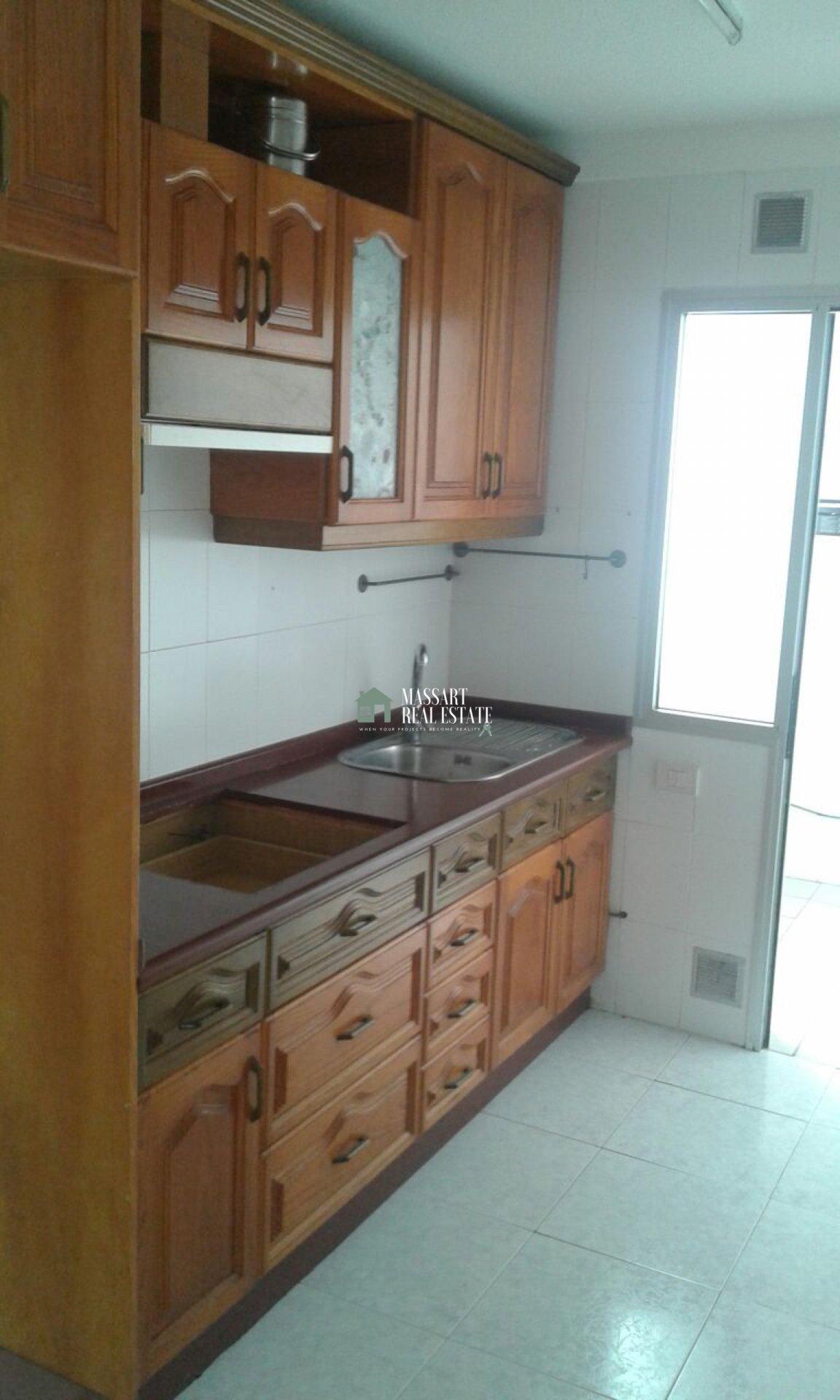 Appartement non meublé de 70 m2 situé dans un quartier central de San Isidro… en attente d'être personnalisé par vous!