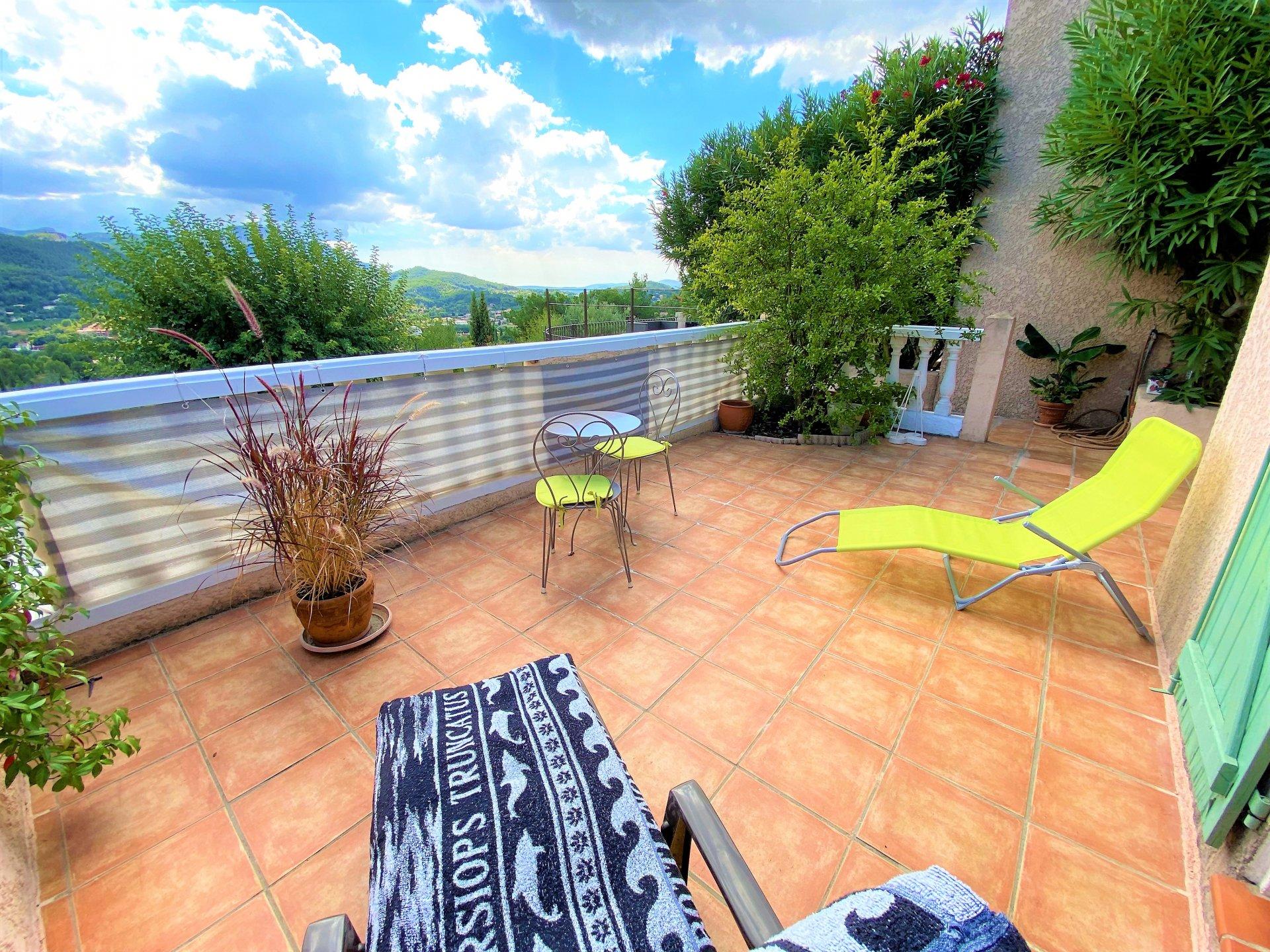 Maison T4 de 90m2, garage, jardin
