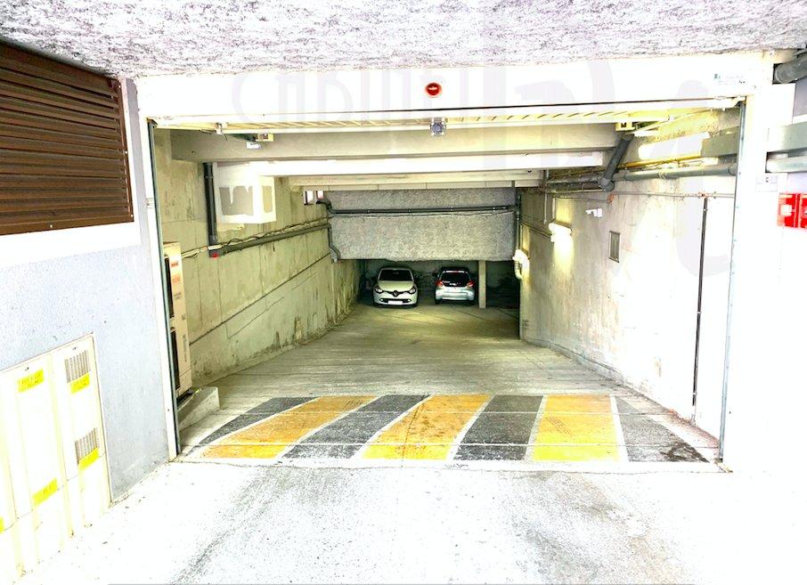Box fermé  - 16,5  m² - Vallauris