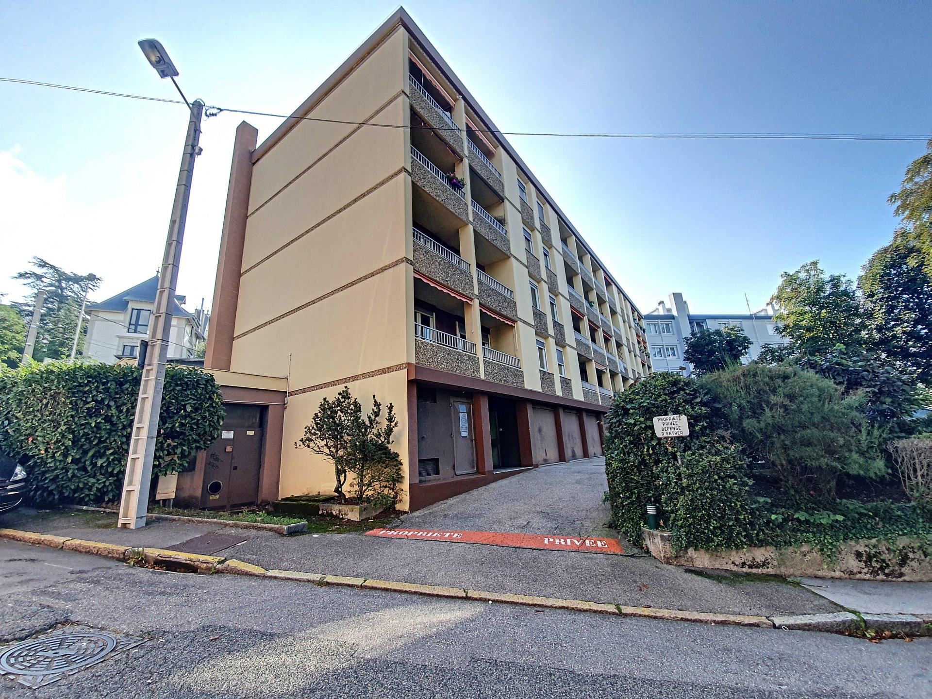 PARC DE L EUROPE T3 73M² + PARKING+CAVE
