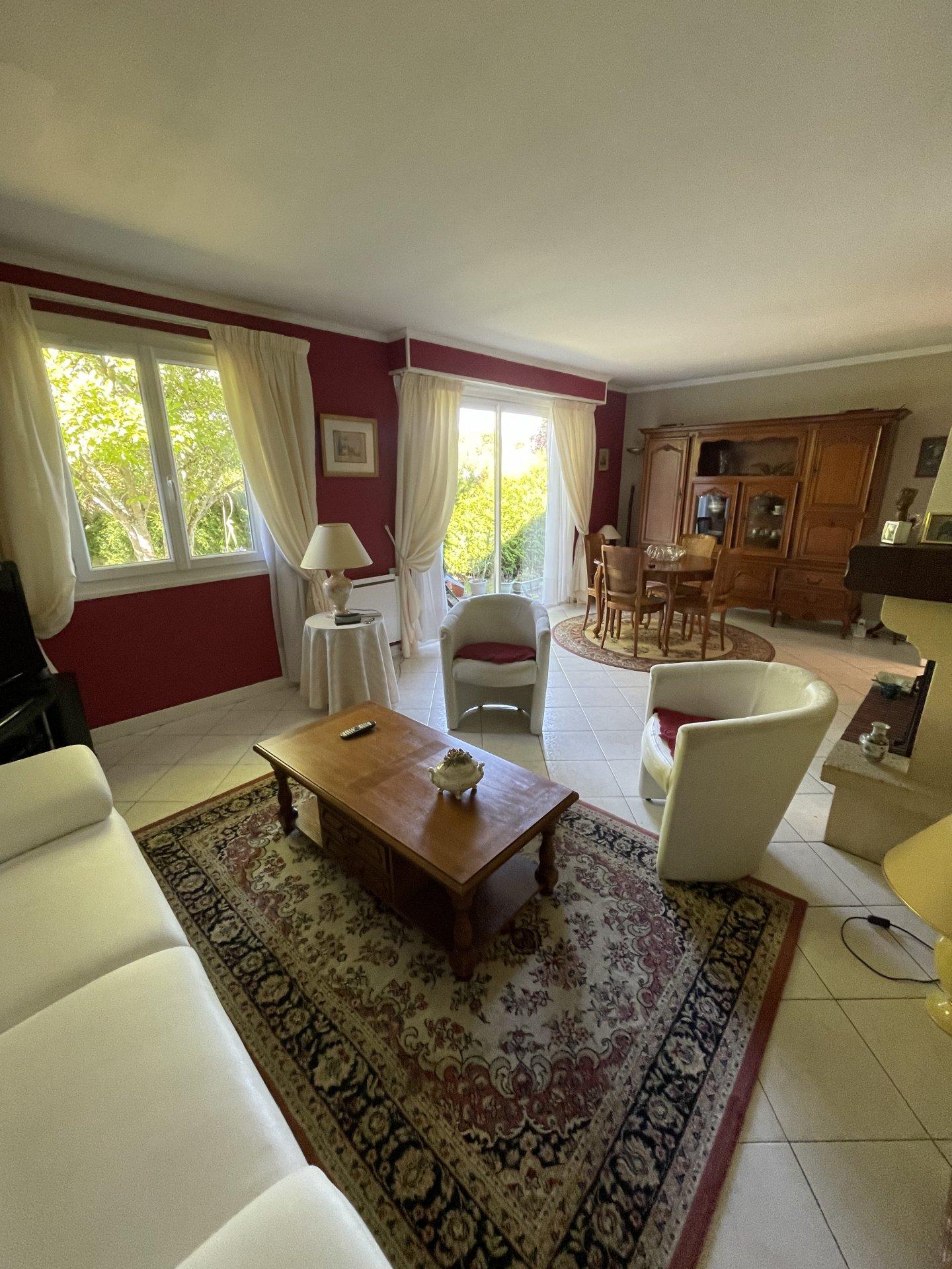 Cheroy Plain pied 3 chambres sur 850 m2