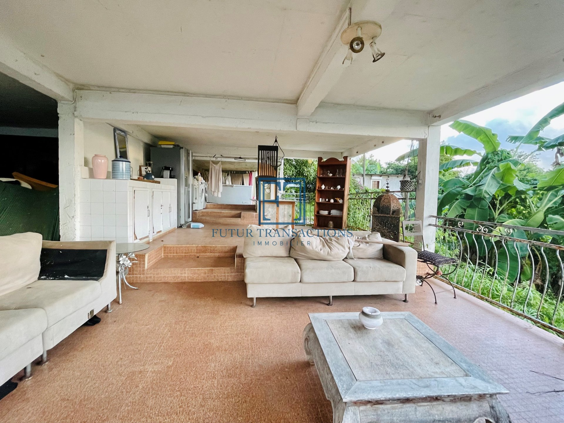 Villa T4 à rénover vue mer PERINET