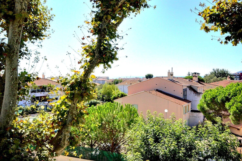 Cannes La Bocca apartment for sale