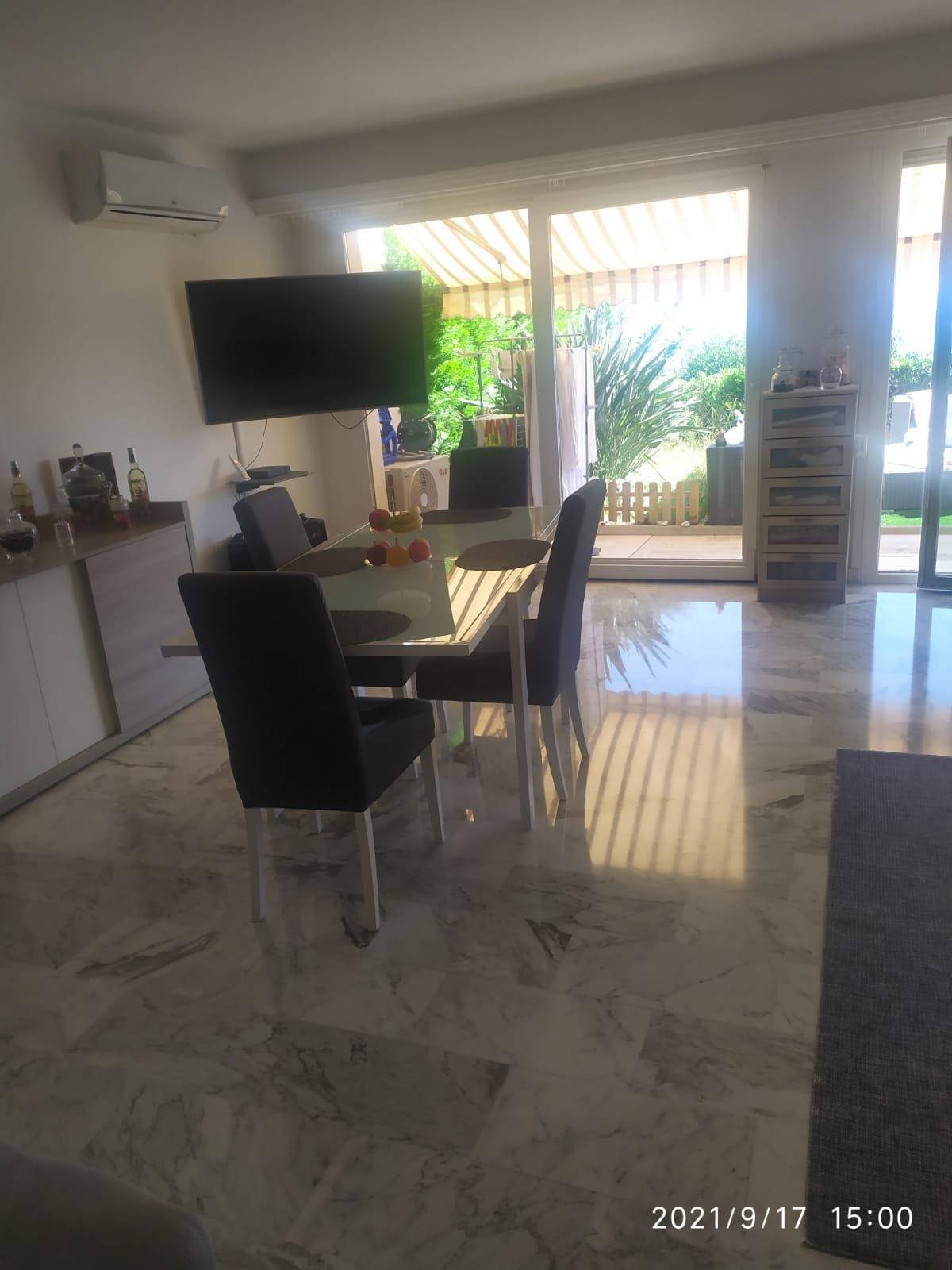 EXCLUSIF- Menton Garavan- Superbe T3 de 76m² avec jardin de 60m²- Vue mer- résidence Standing- Piscine