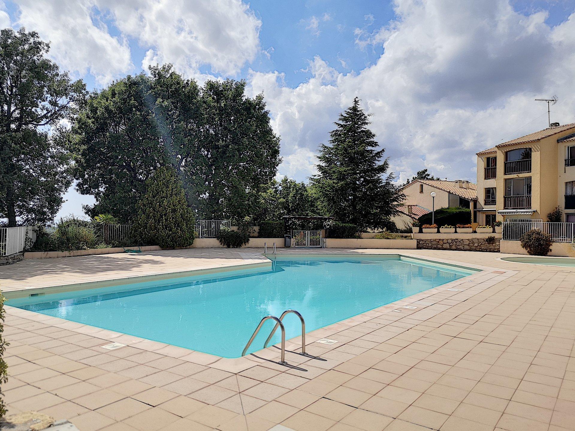 Rental Apartment - Saint-Vallier-de-Thiey