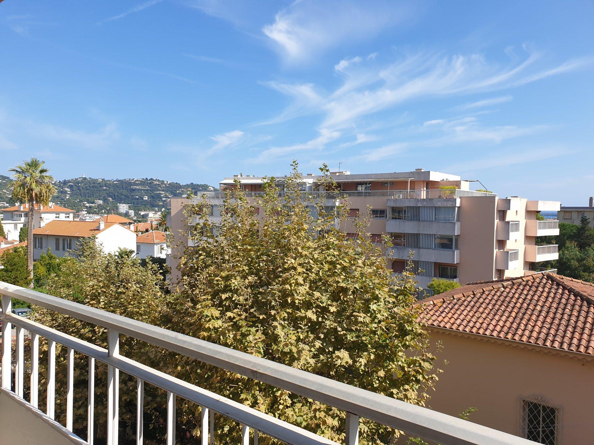 Cannes proche centre T2