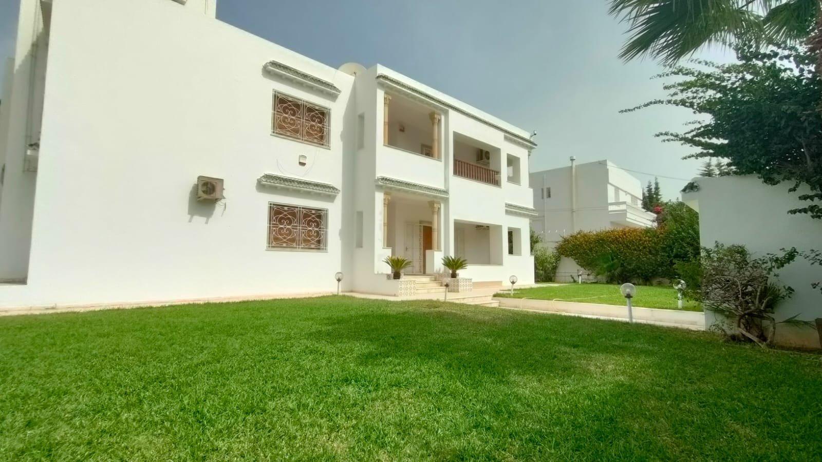 Sale Villa - Ariana El Menzah 5 - Tunisia