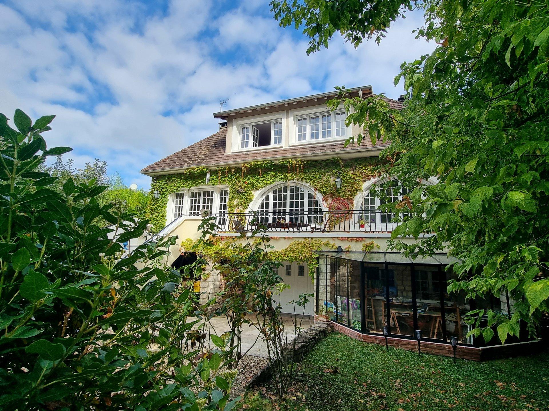 Montigny sur Loing : Maison 7 pièces 160 m2