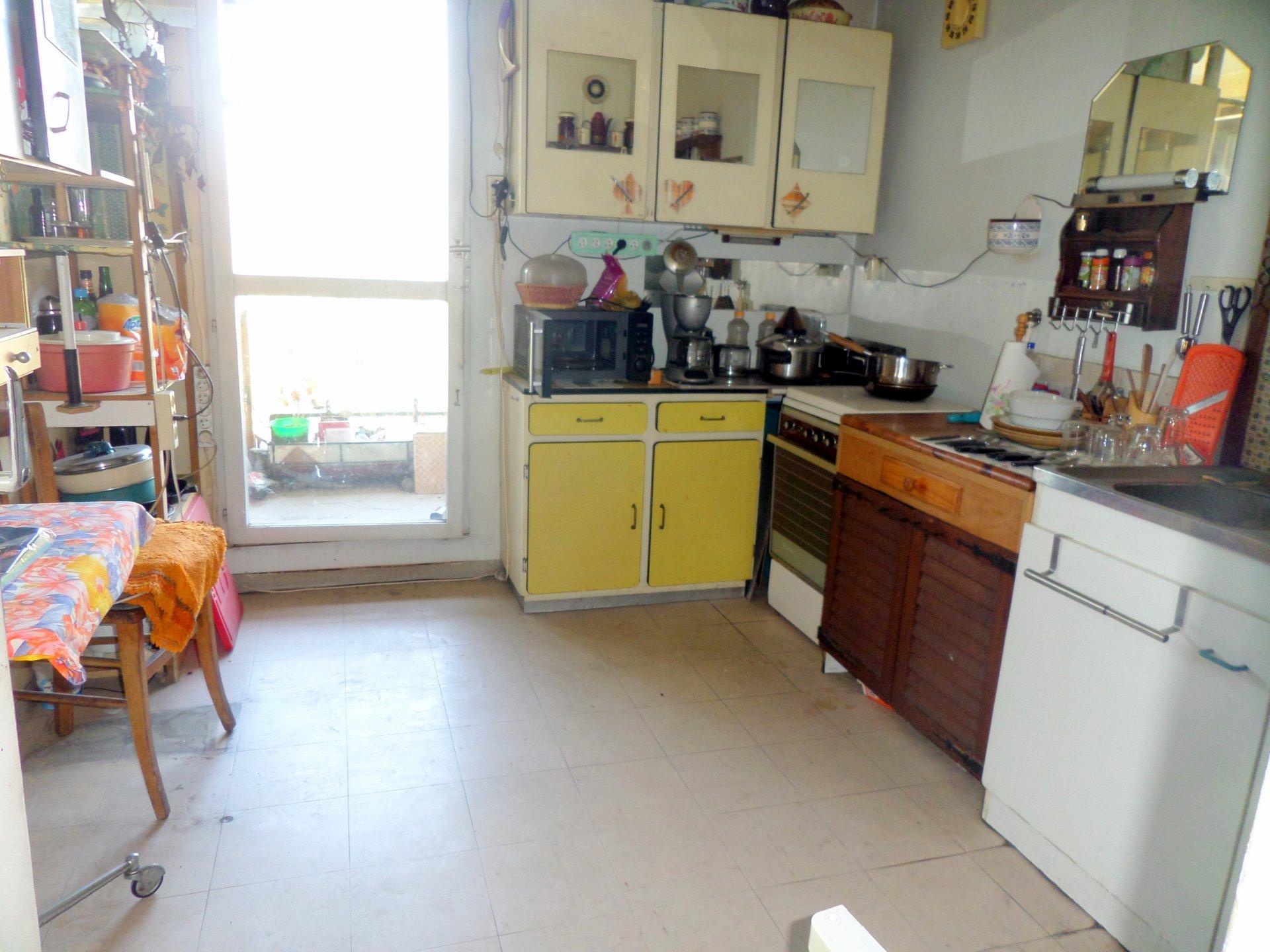 Sale Apartment - Carros Le neuf