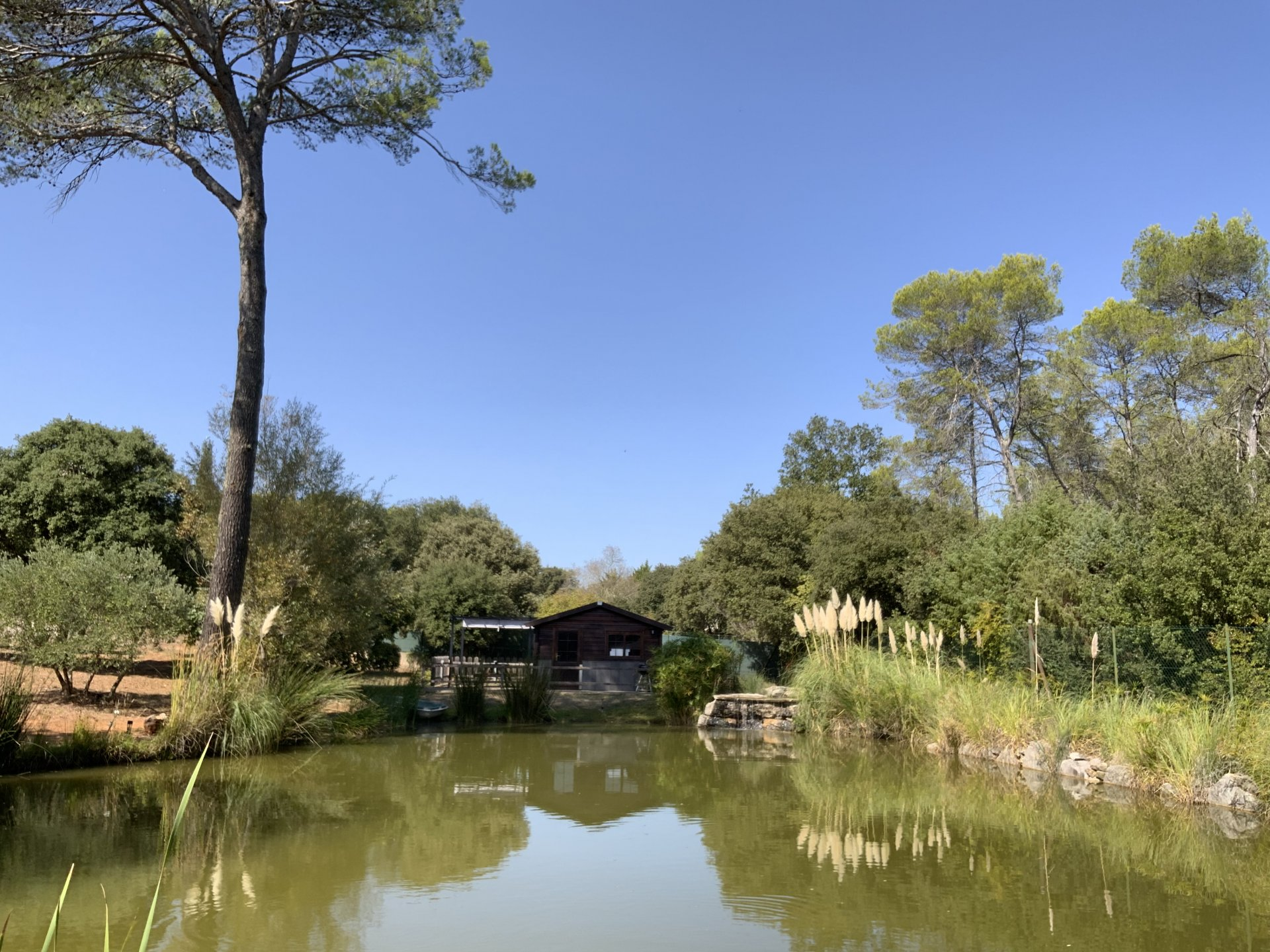 SEDUCTIVE PROPERTY WITH POND AND PANORAMIC VIEW
