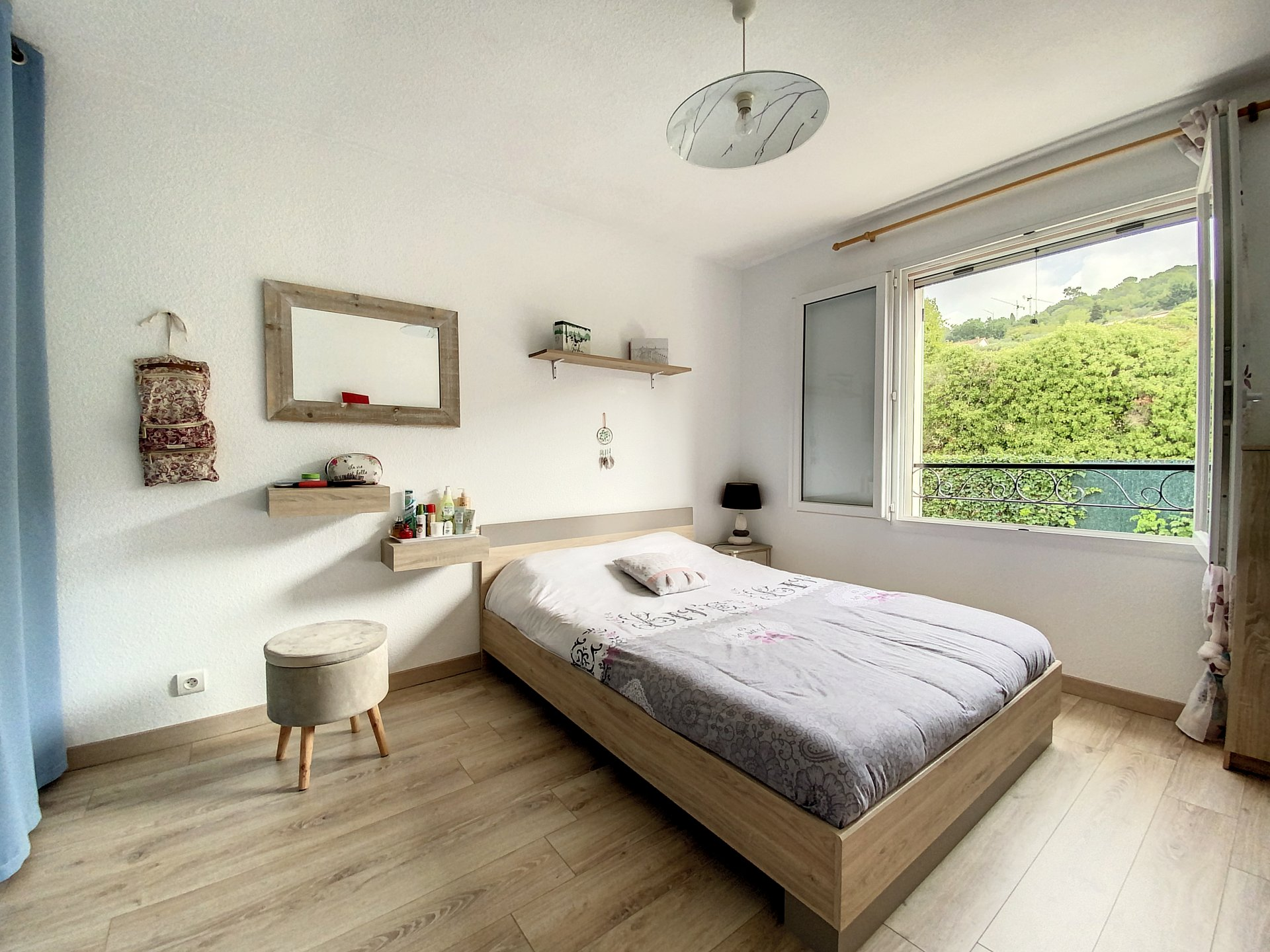 Mouans-Sartoux, Semi-detached 3Bedrooms villa, quiet surrounding