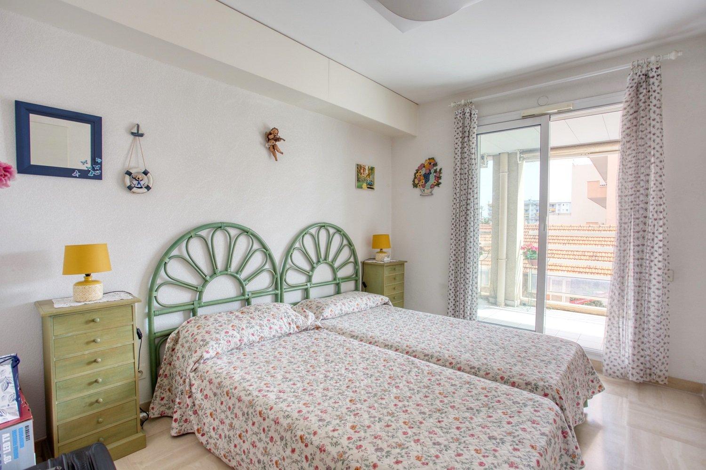 Splendide appartement 3 pièces vue mer et port à Golfe-Juan