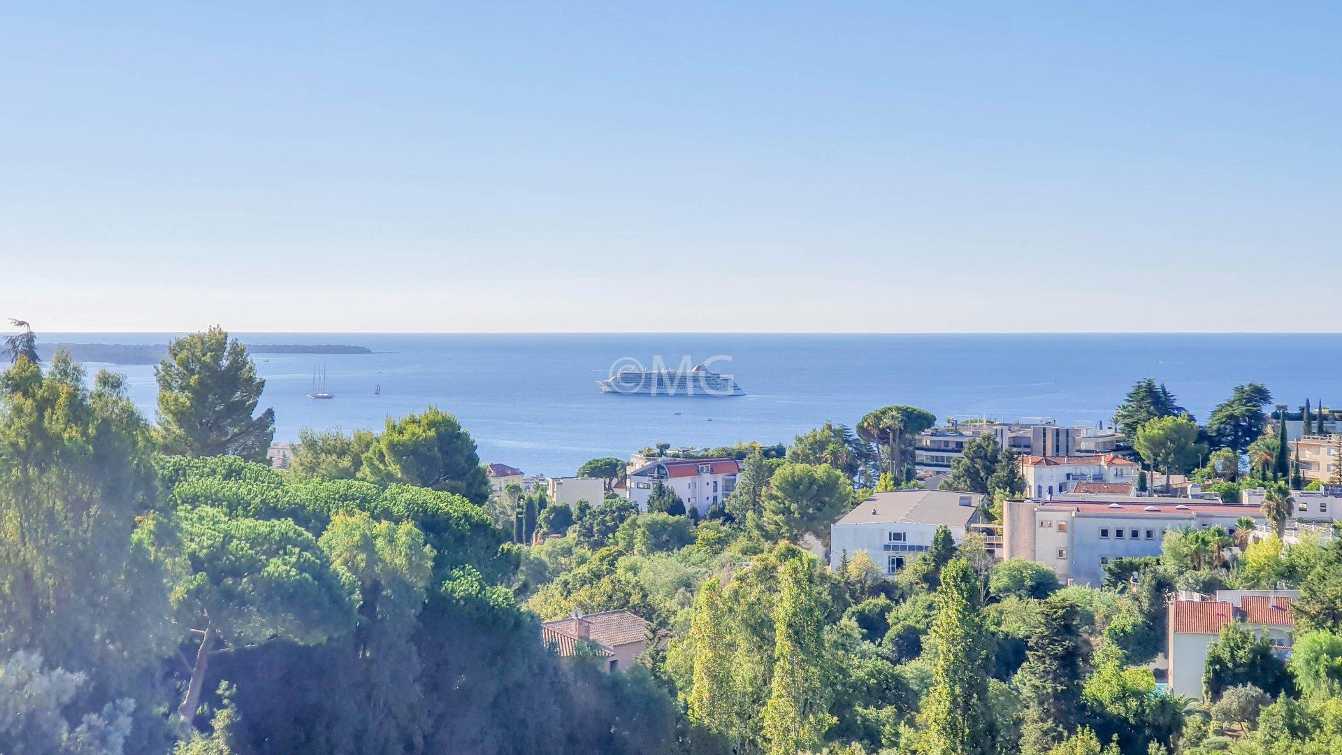 Cannes Croix des Gardes T3 vue mer