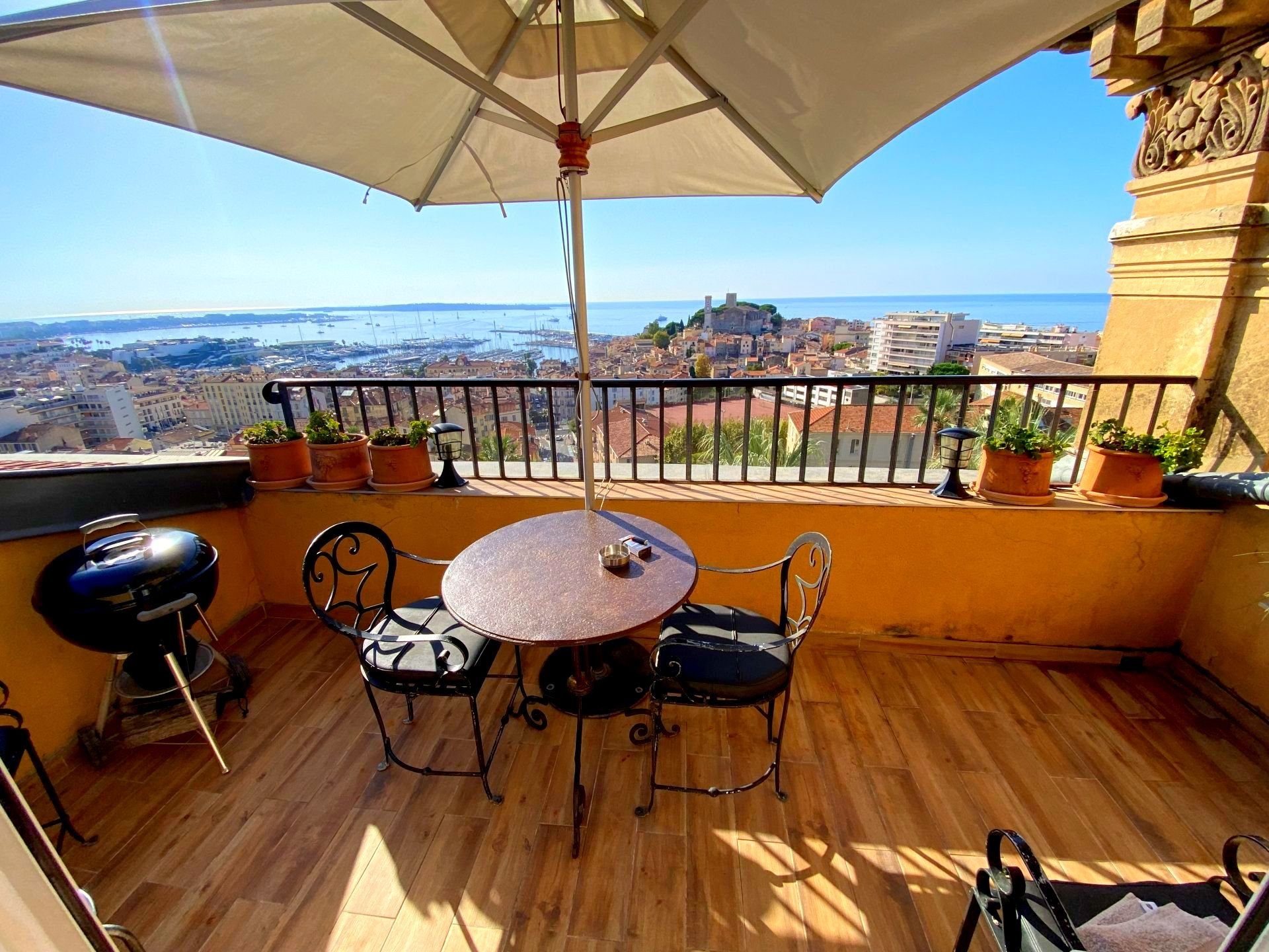 CANNES CENTRE PLAGES 3 ROOM FLAT FOR SALE