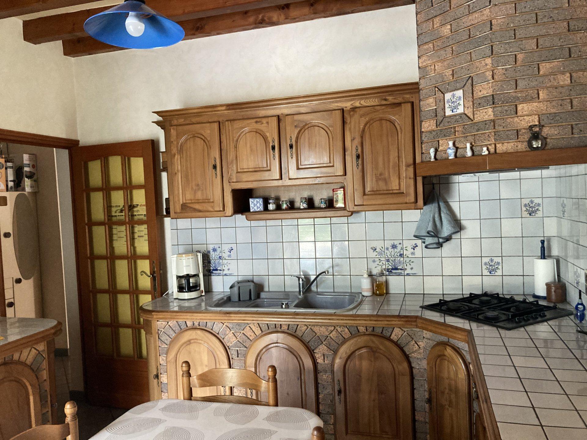 MAISON CONTEMPORAINE AVEC PISCINE SUR 4060 m²