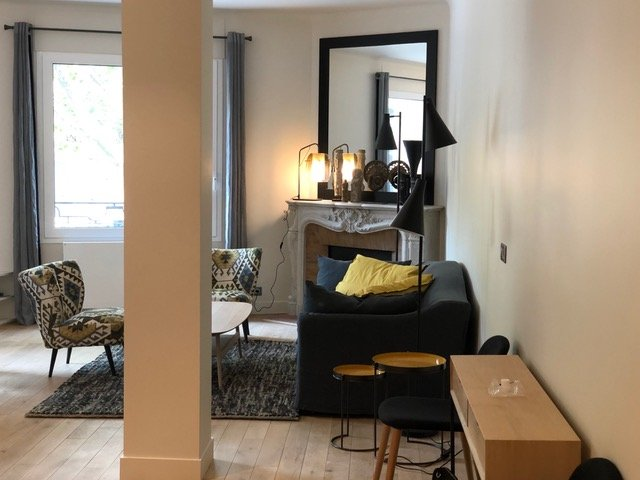 Sale Apartment - Paris 8th (Paris 8ème)