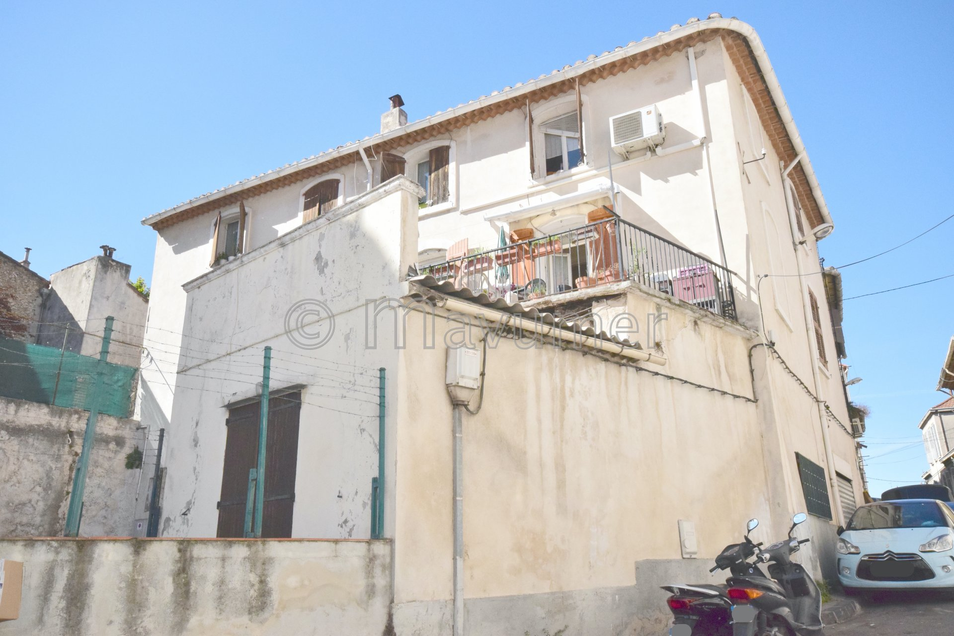 Immeuble R+ 2  de 6 appartements - 13011 Marseille- Saint-Marcel