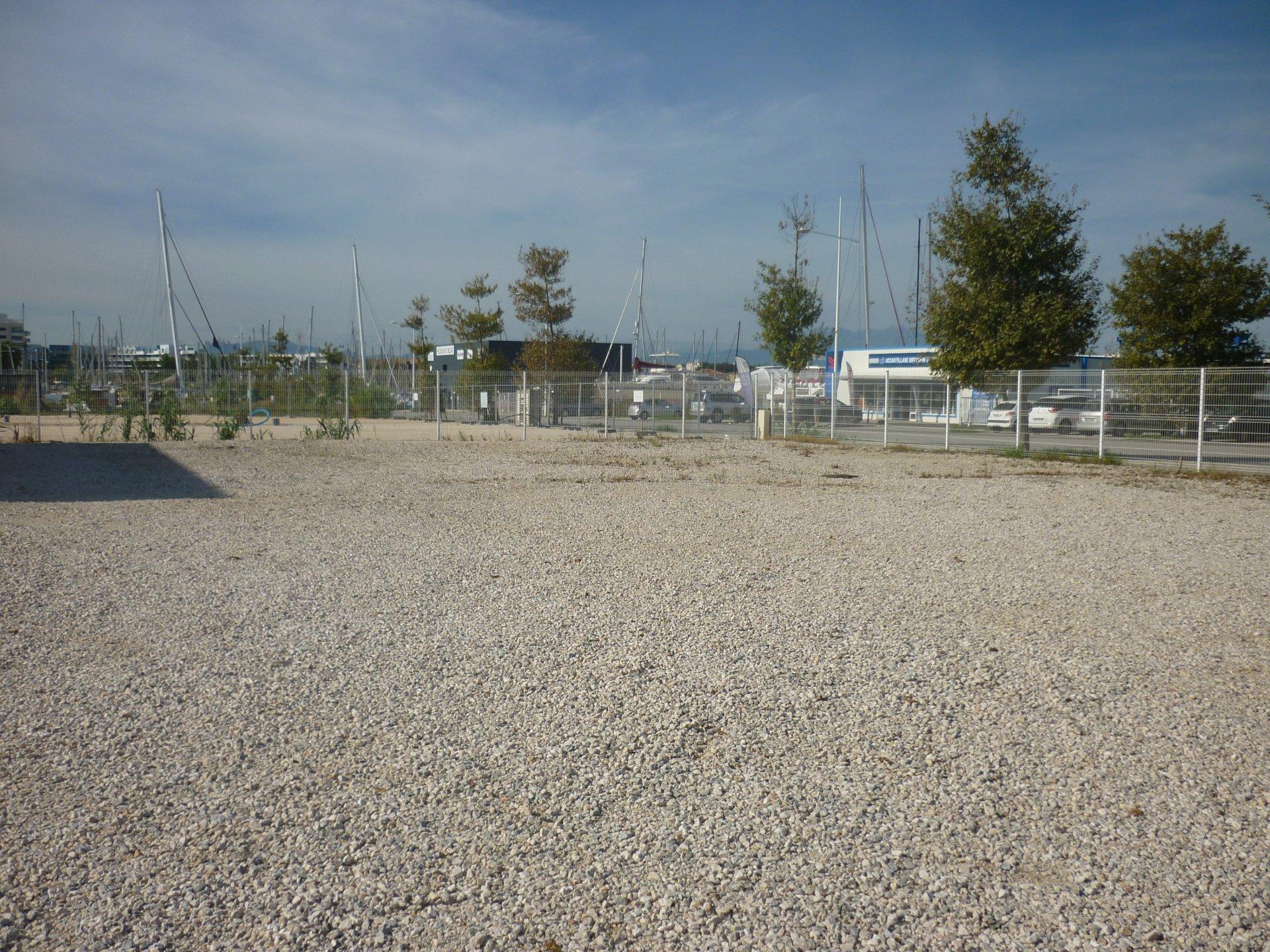 Entrepôt Nautique à CANET66140 -DBI002640