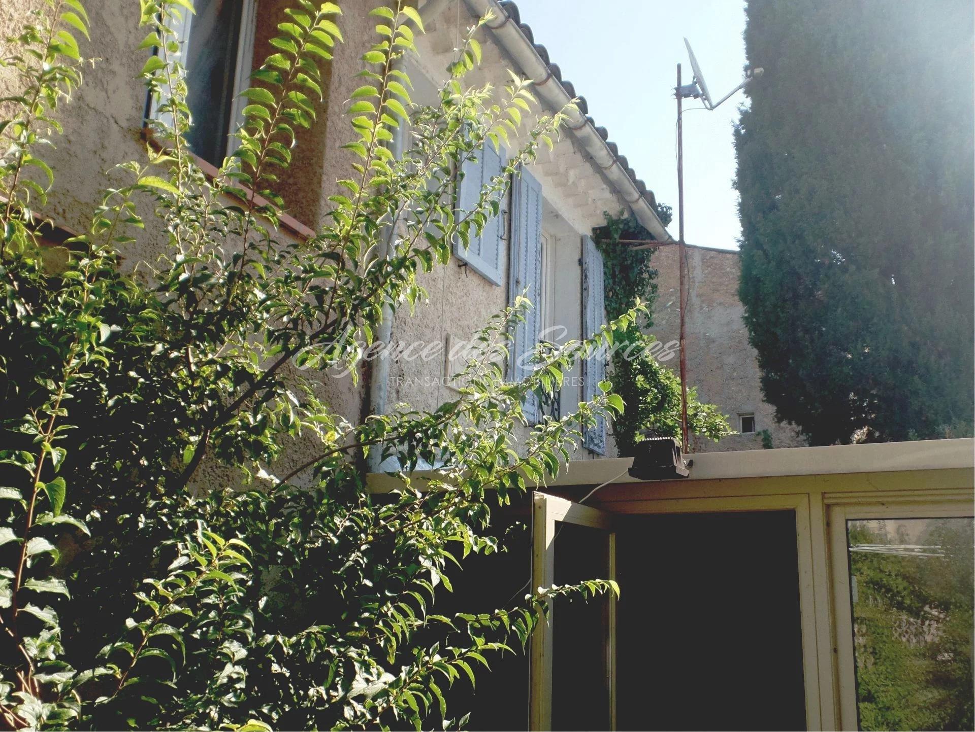 EXCLU : Maison de village T3 à Varages