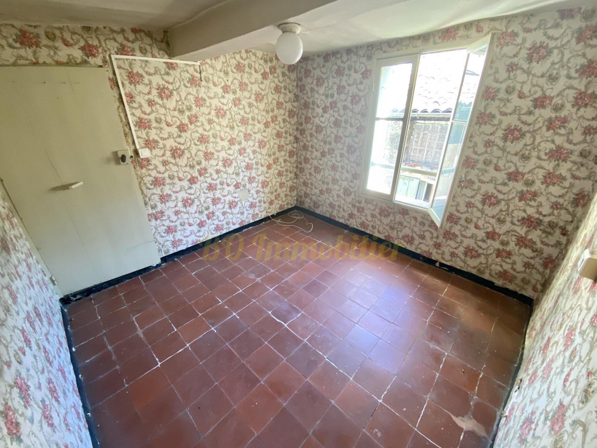 Appartement à rénover, idéal investisseur