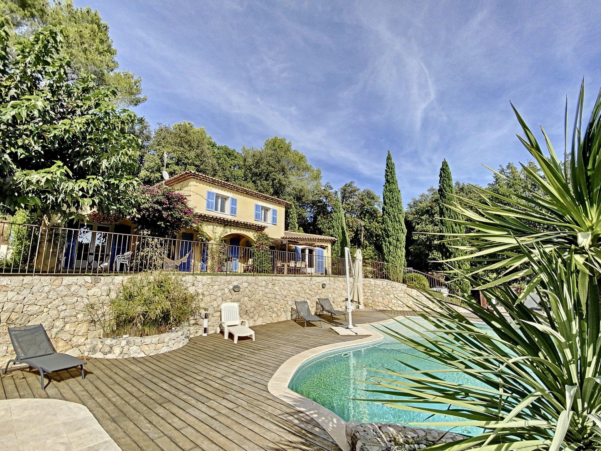 Grasse St Jacques, Villa familiale 5 Ch au calme absolu