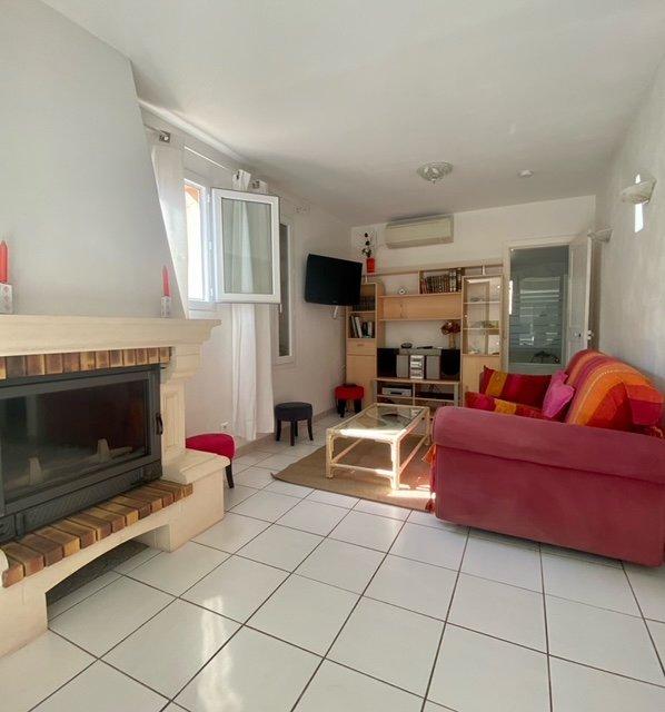 Maison individuelle - F3 - jardin - parking - Studio indépendant
