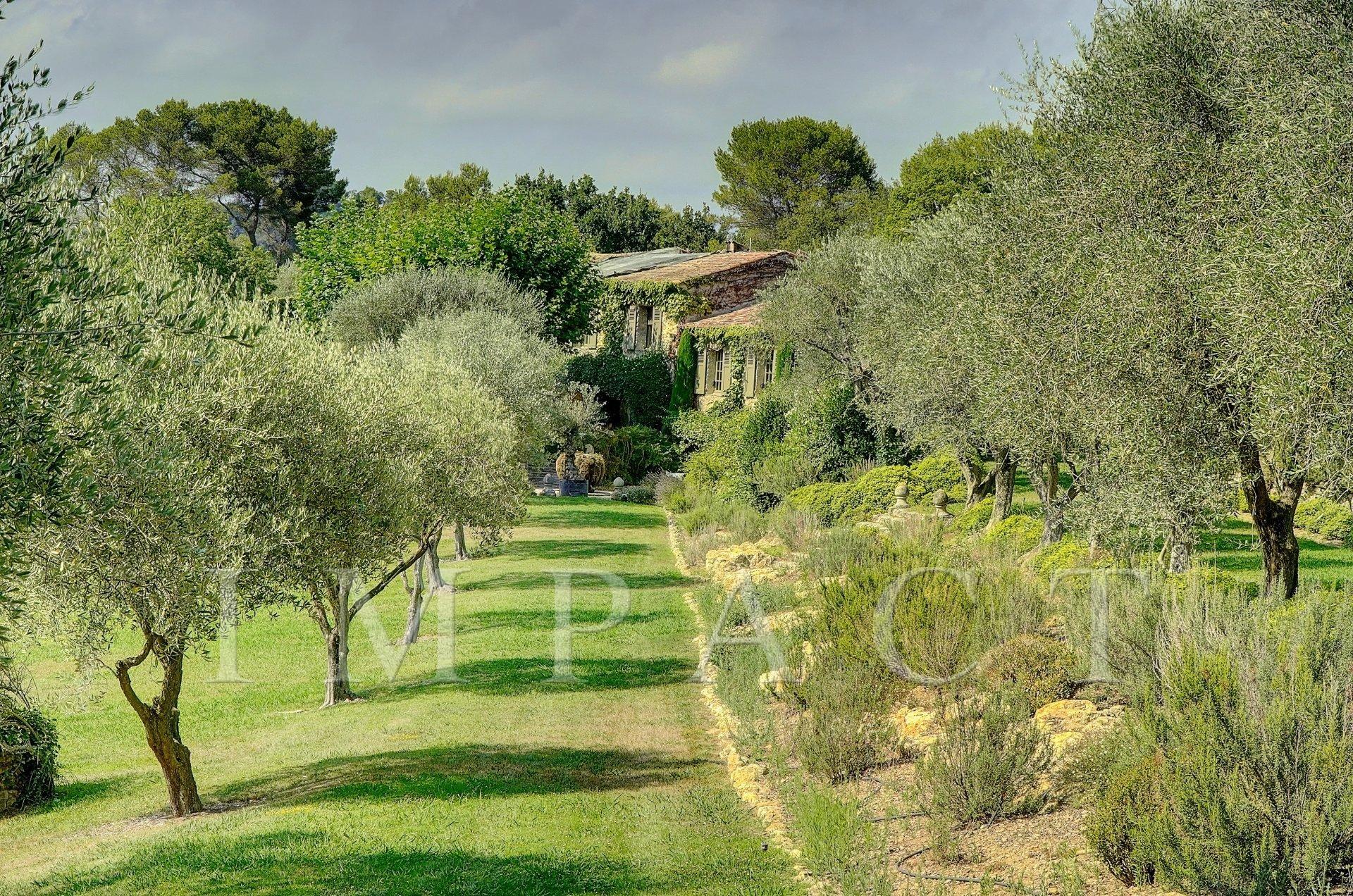 LONG TERM RENTAL Authentique Mas close golf course Mougins