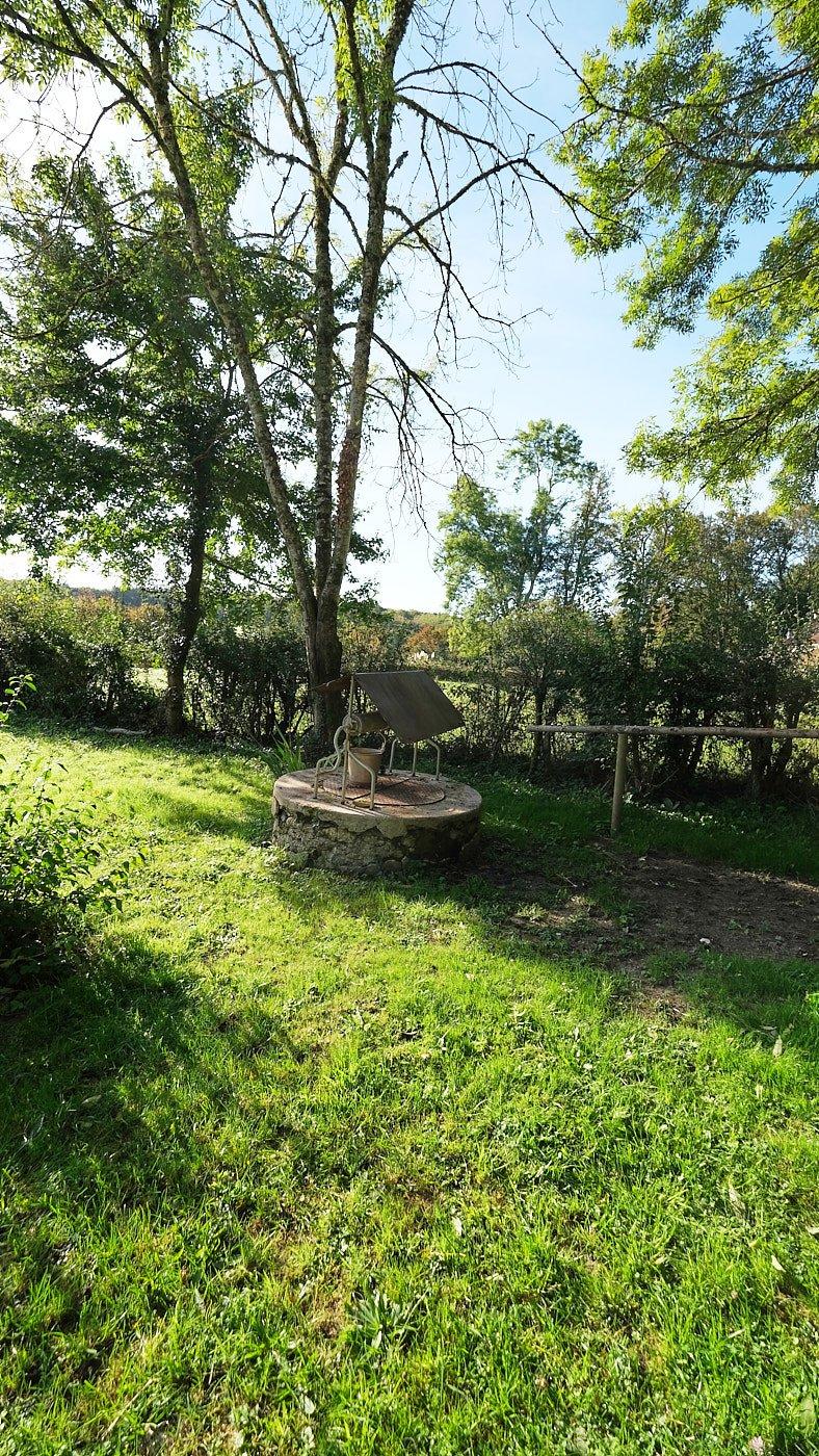Charmantes Haus zum Verkauf in der Nièvre, mit 1,2 ha Land