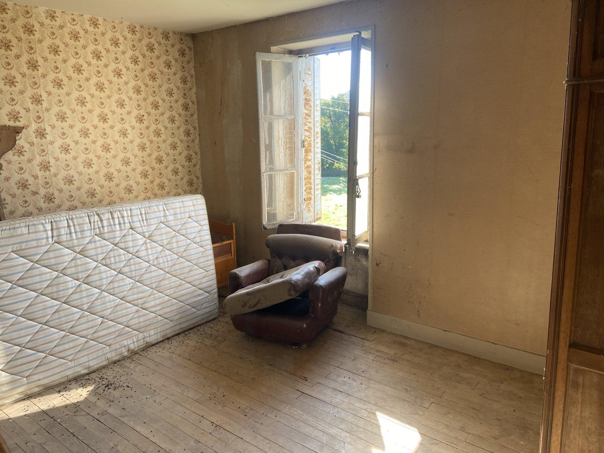 Maison à Rénover sur 1.8hect