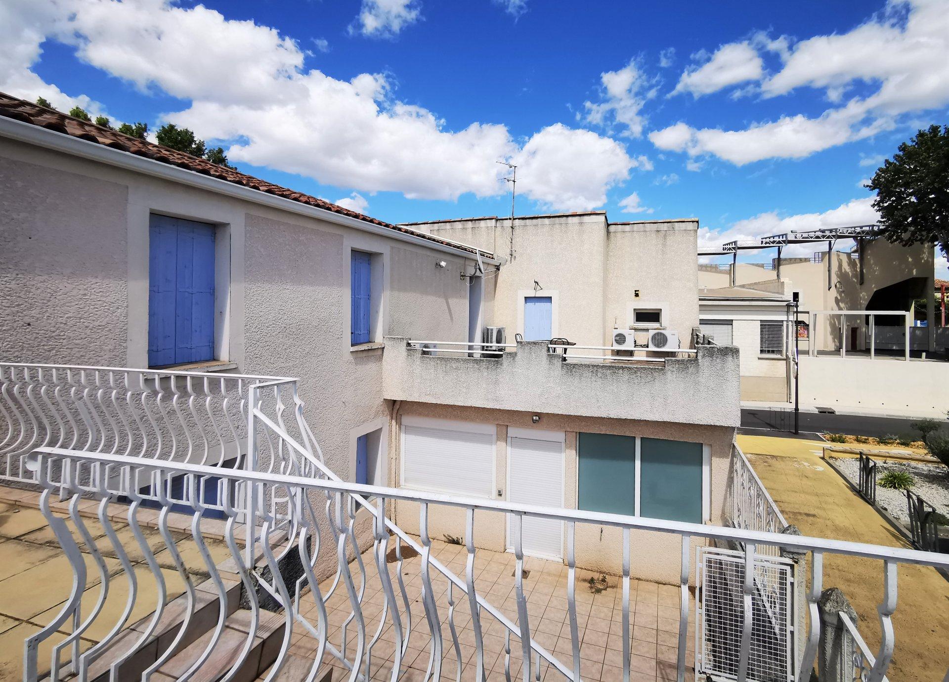 Bureaux 197 m²