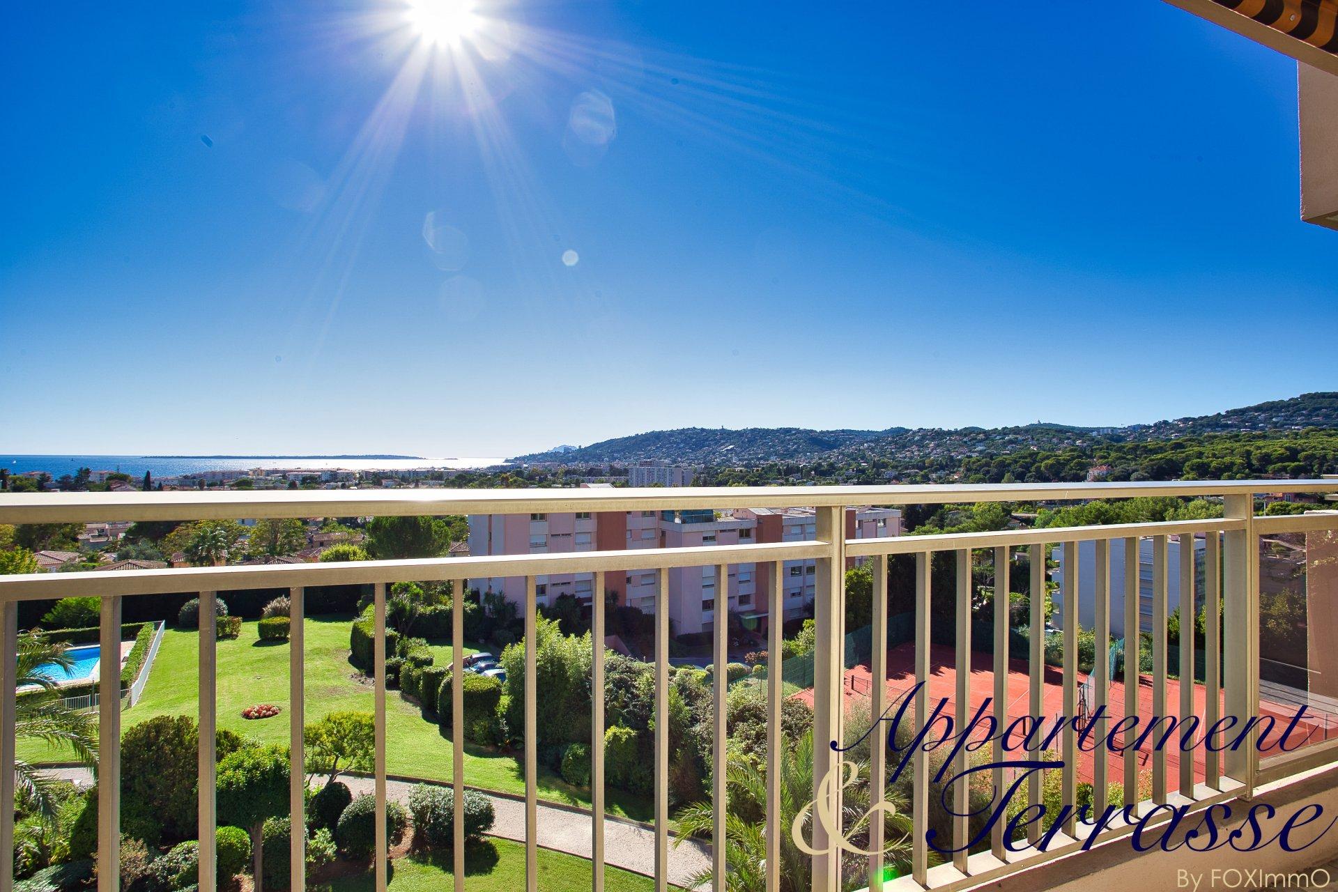 ANTIBES appartement 3P 68 m2 vue mer panoramique
