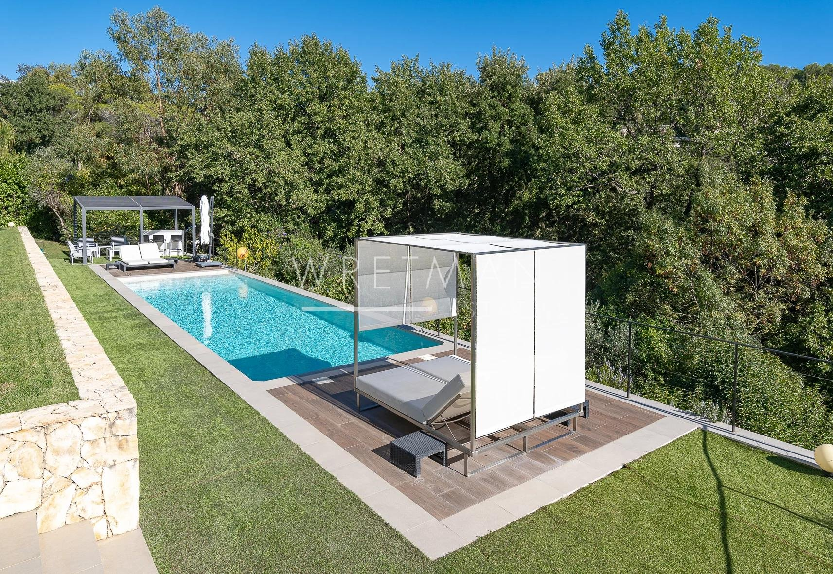 Contemporary villa with panoramic sea view - Le Cannet