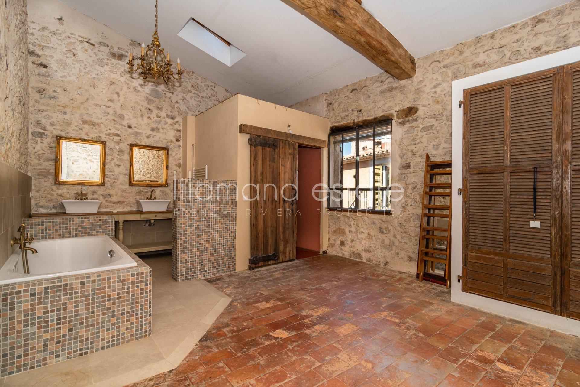 6096092-Maison de Ville Vieux Cannet