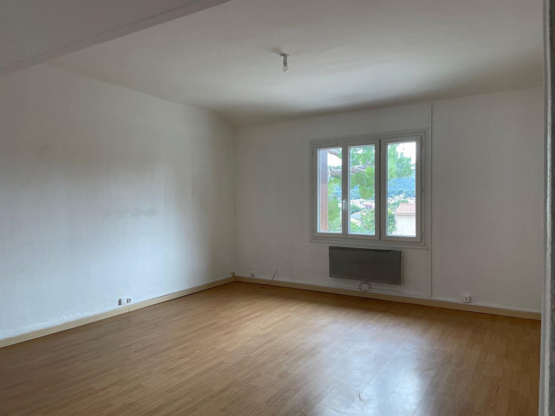 Appartement Haut de Villa,Type 3, 2 chambres