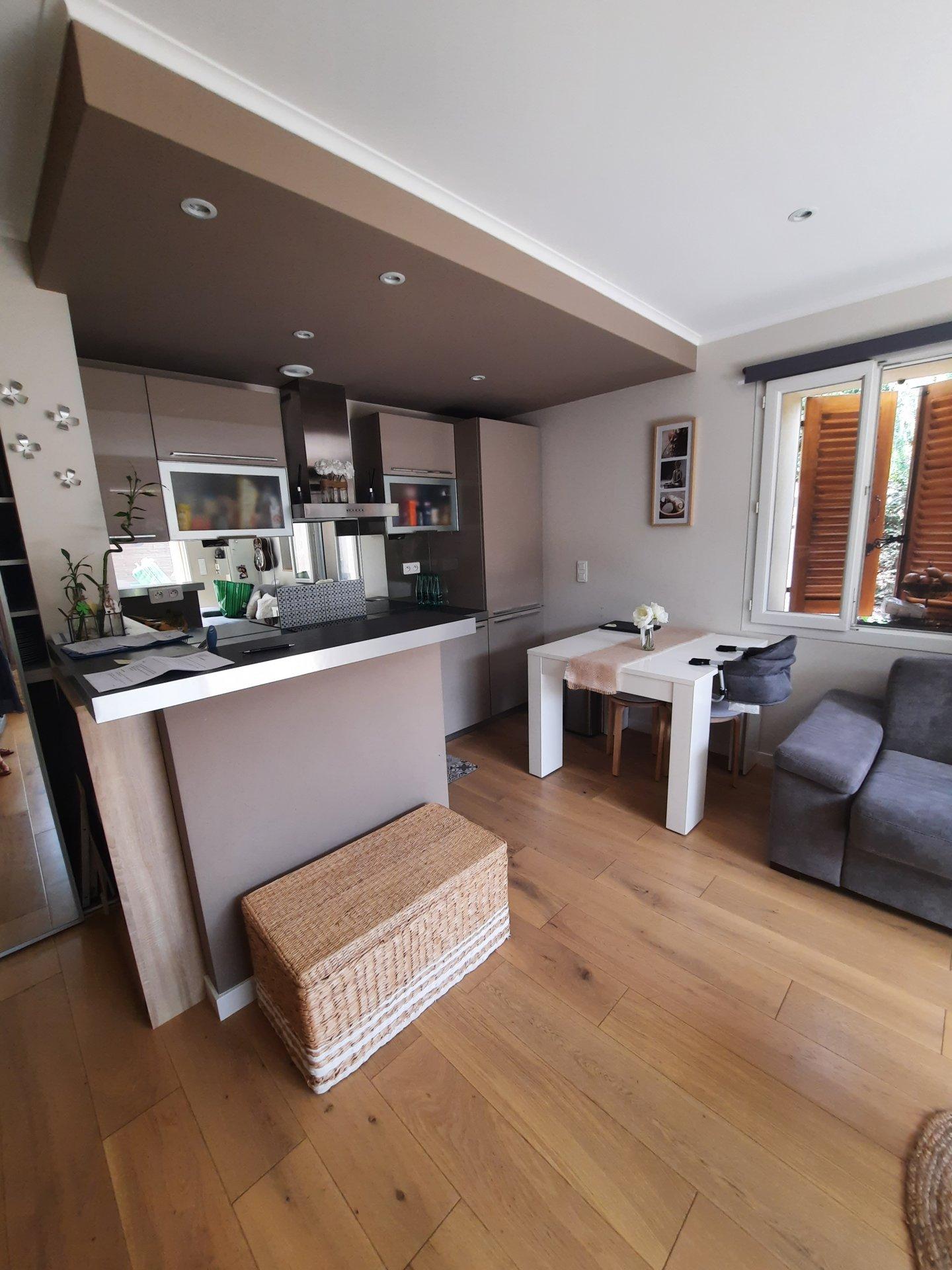 Sale Apartment - Tourrette-Levens Saint-Sébastien