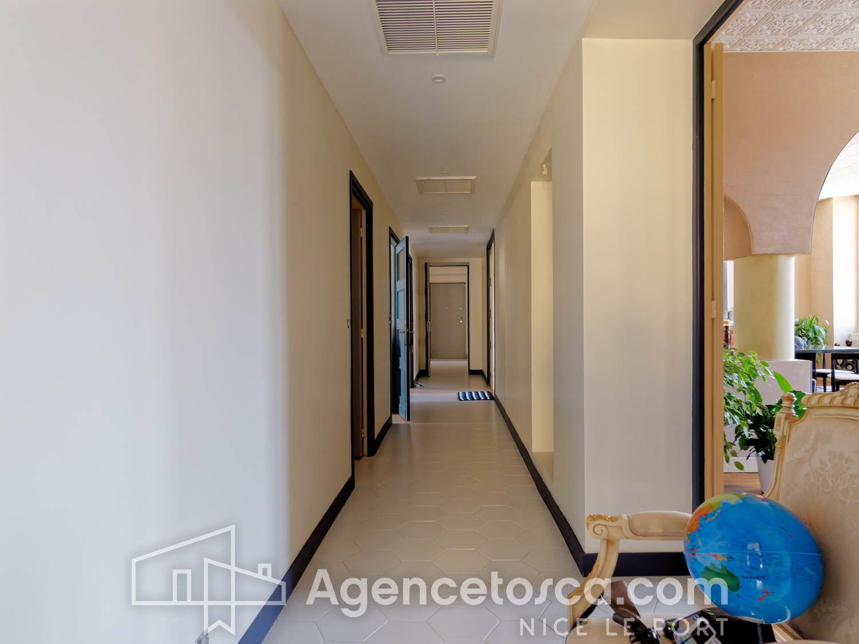 PLACE GARIBALDI: APPARTEMENT DE 250m²
