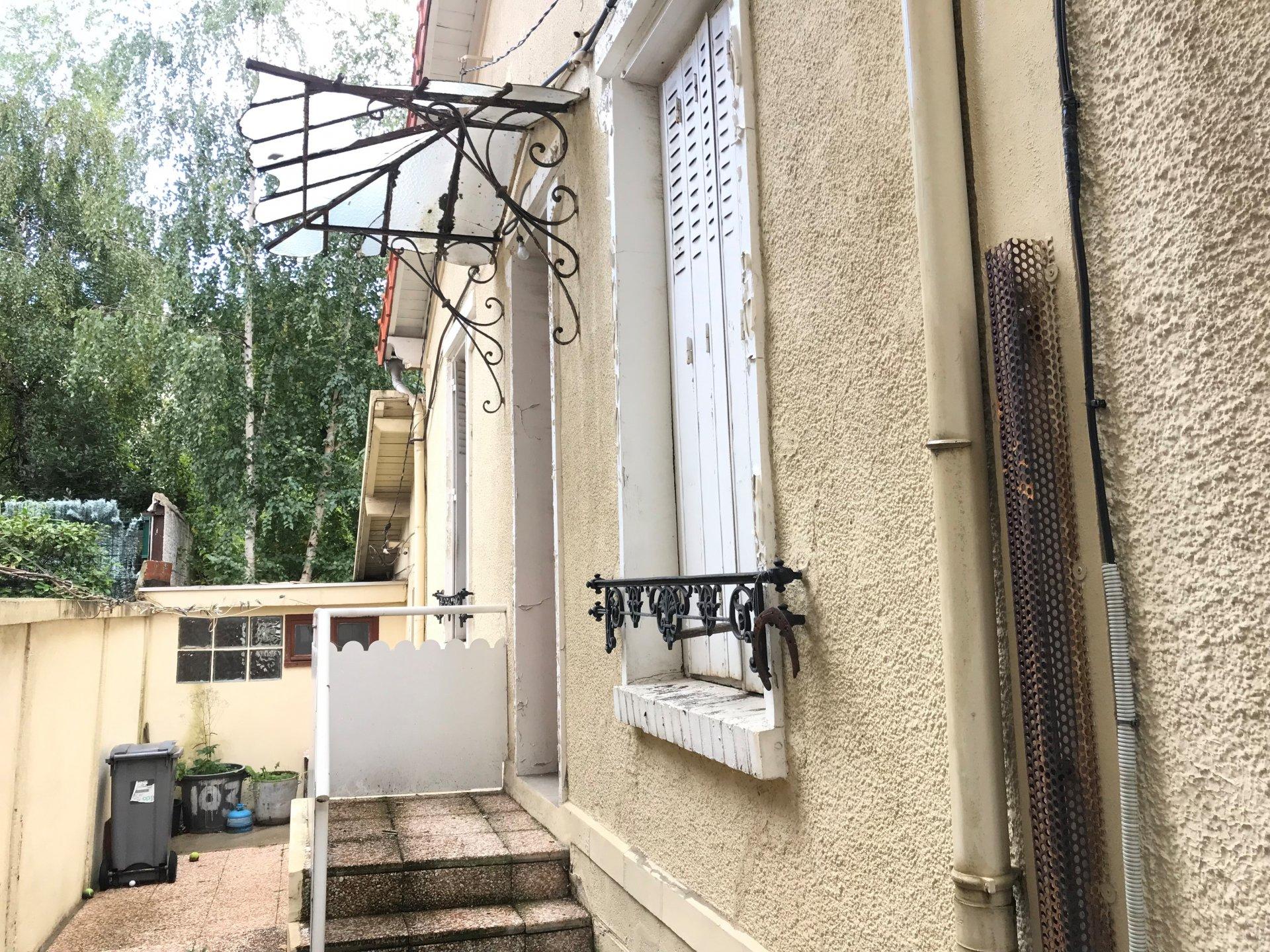 ISSY-LES-MOULINEAUX : île Saint-Germain
