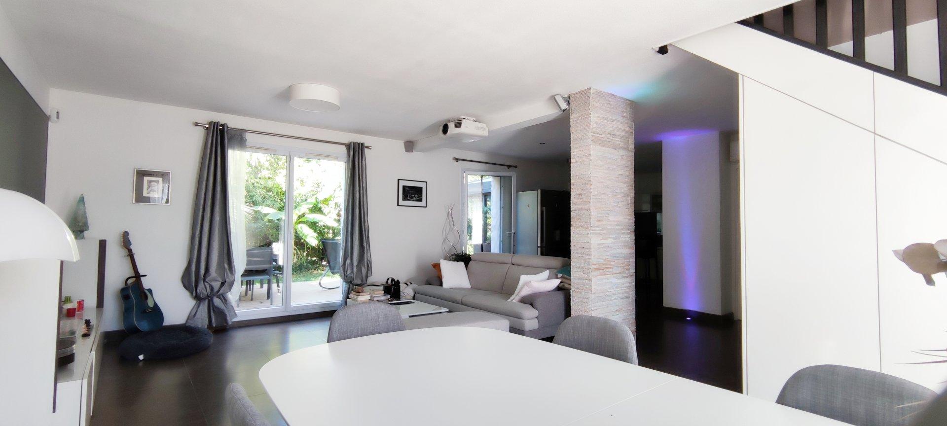 Villa  T5  130m² piscinable, non-mitoyenne et sans vis-à-vis