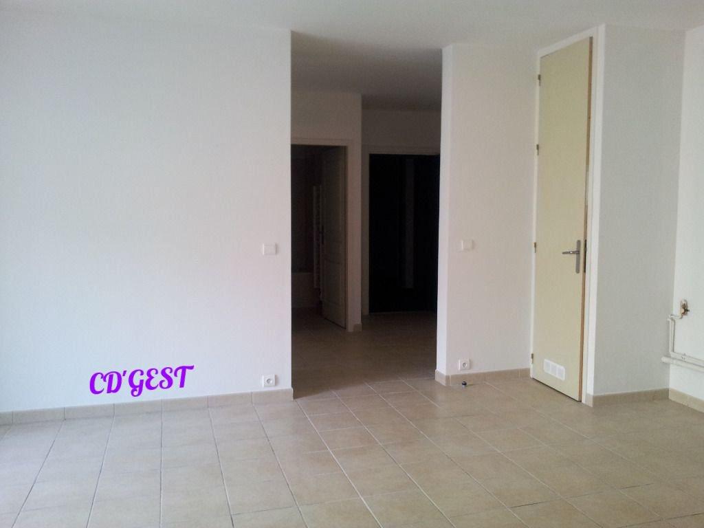 Montélimar Appartement  2 pièces