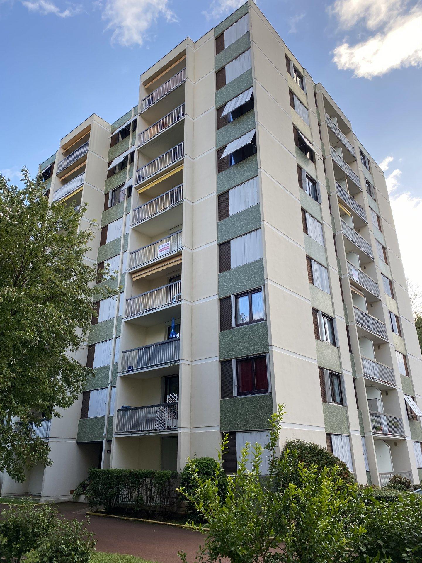 VIENNE Nord, Appartement T3 de 66 m² avec balcon, cave et parking