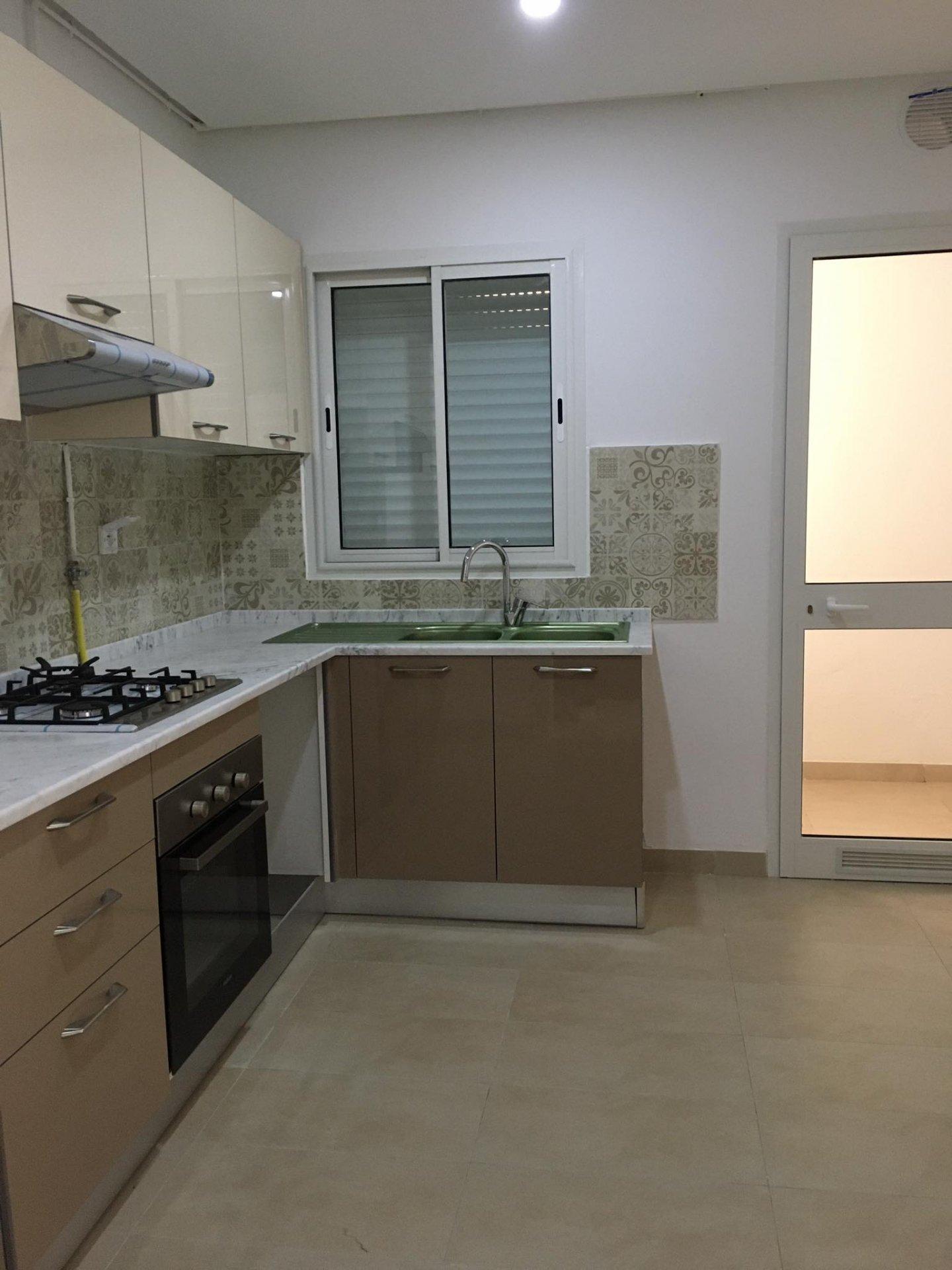 Location Appartement S+2 avec jardin à La Soukra